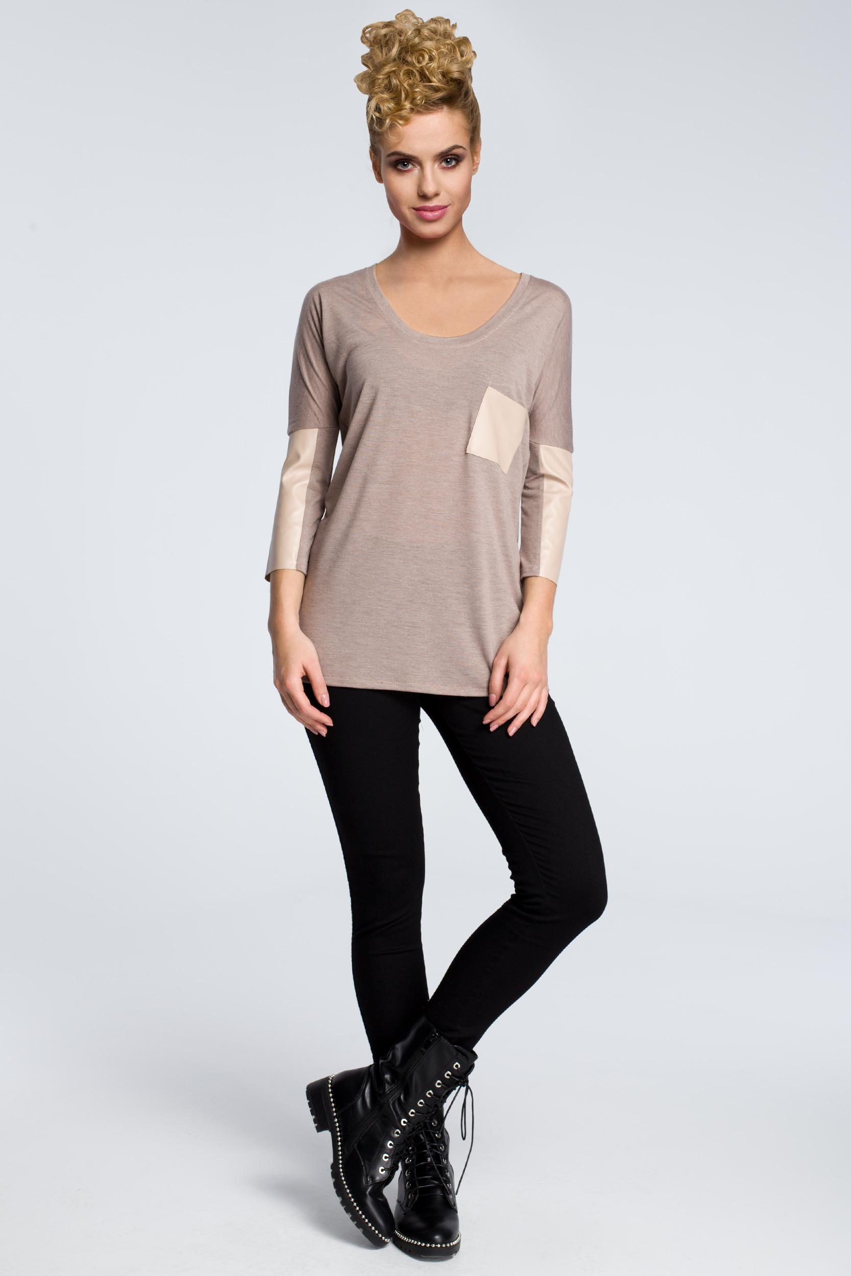 CM0762 Zwiewna bluzka damska z rękawem 3/4 ze skórzanymi wstawkami - cappuccino