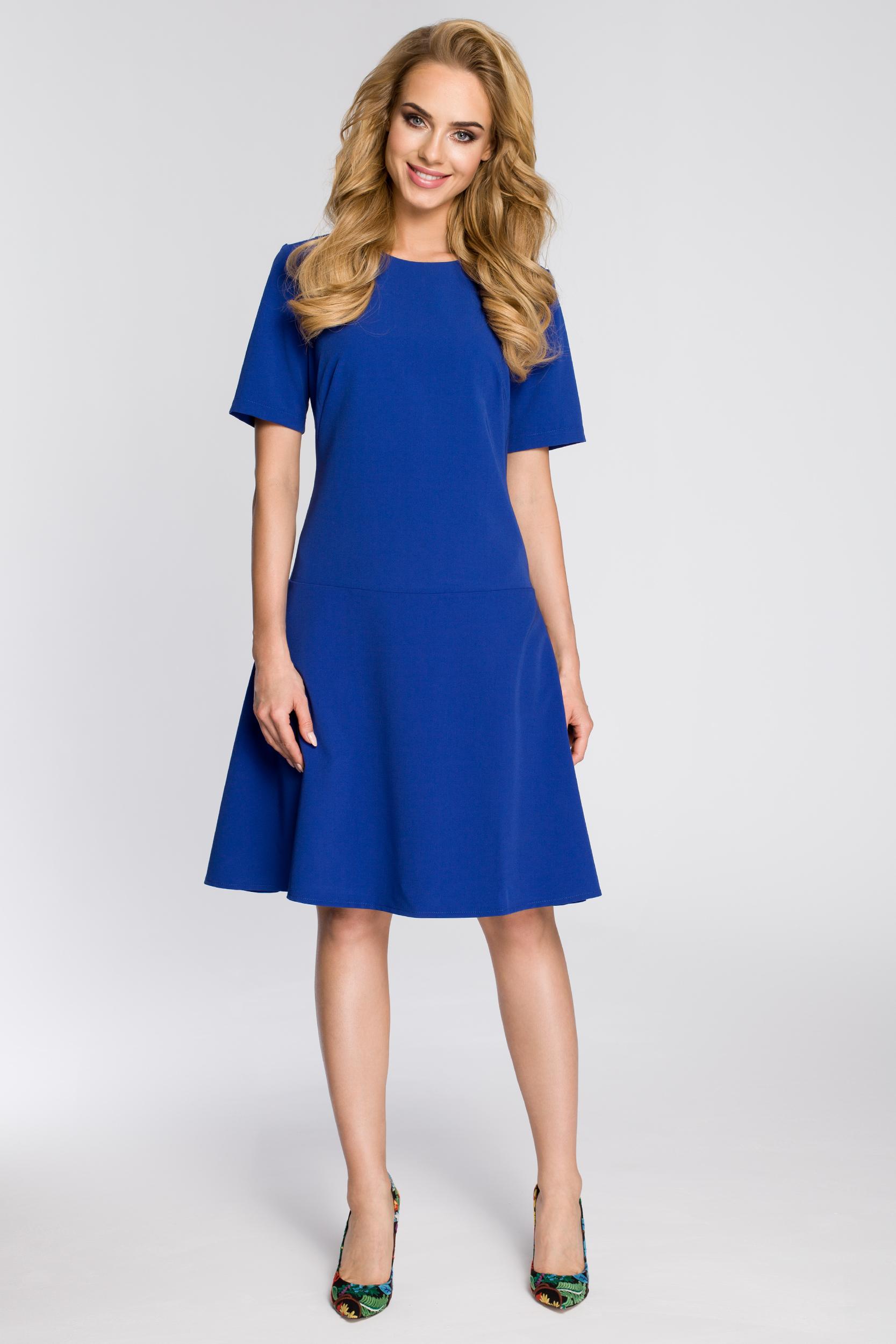 CM2342 Elegancka rozkloszowana sukienka - chabrowa