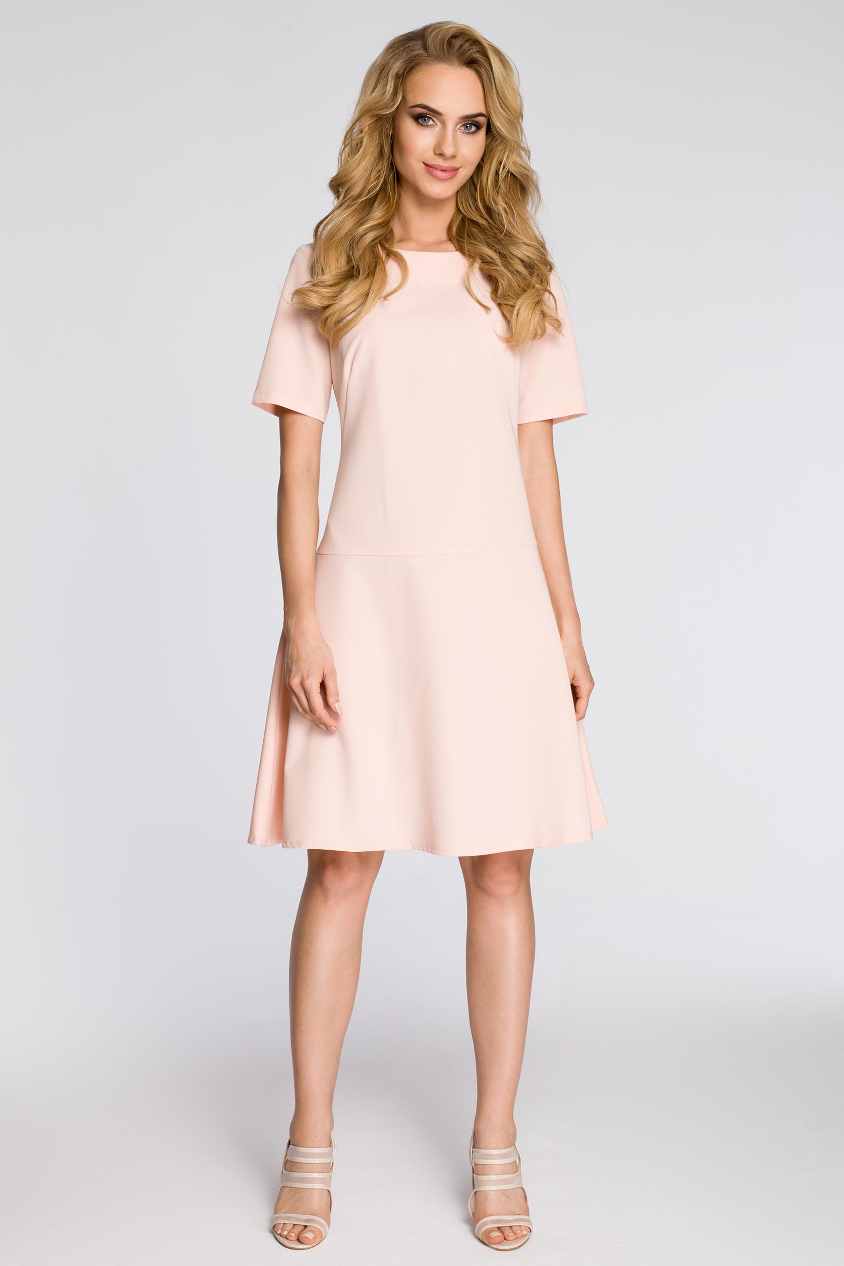 CM2342 Elegancka rozkloszowana sukienka - pudrowa