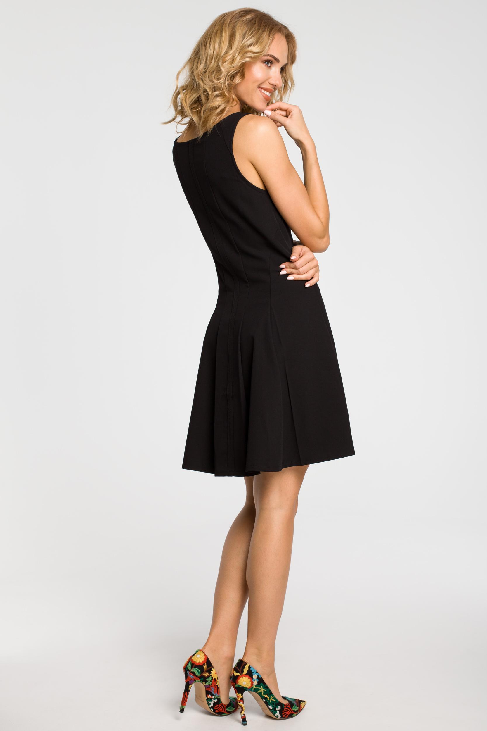 CM1806 Rozkloszowana sukienka kontrafałda na ramiączkach - czarna