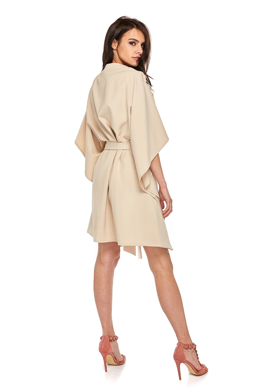 CM3503 Przewiązana sukienka z rękawami kimono - beżowa