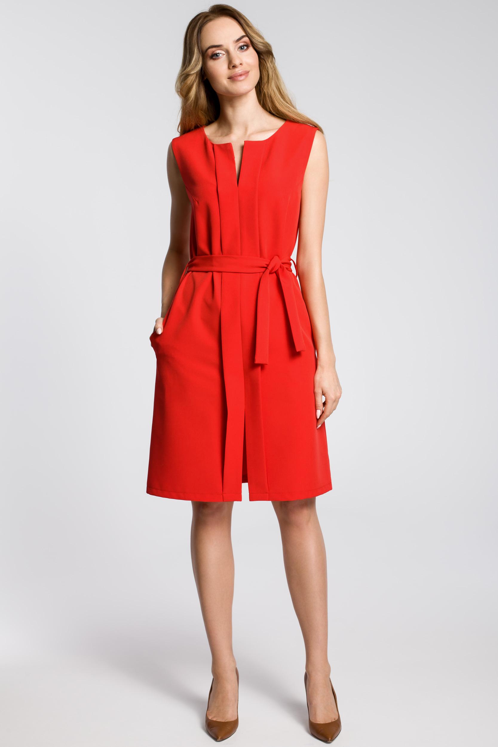 CM3593 Sukienka z plisą i bez rękawów - czerwona