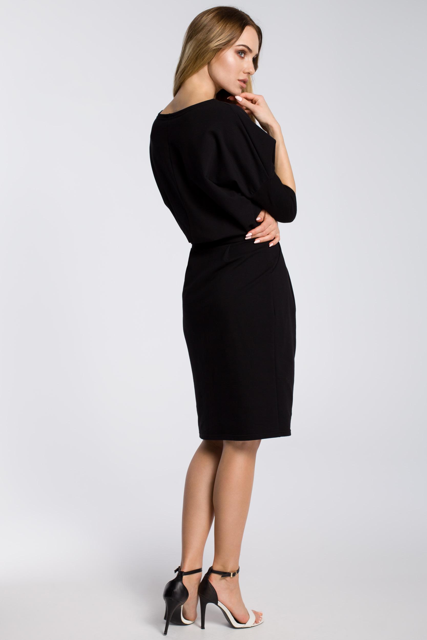 CM3597 Odcinana w pasie sukienka z paskiem - czarna