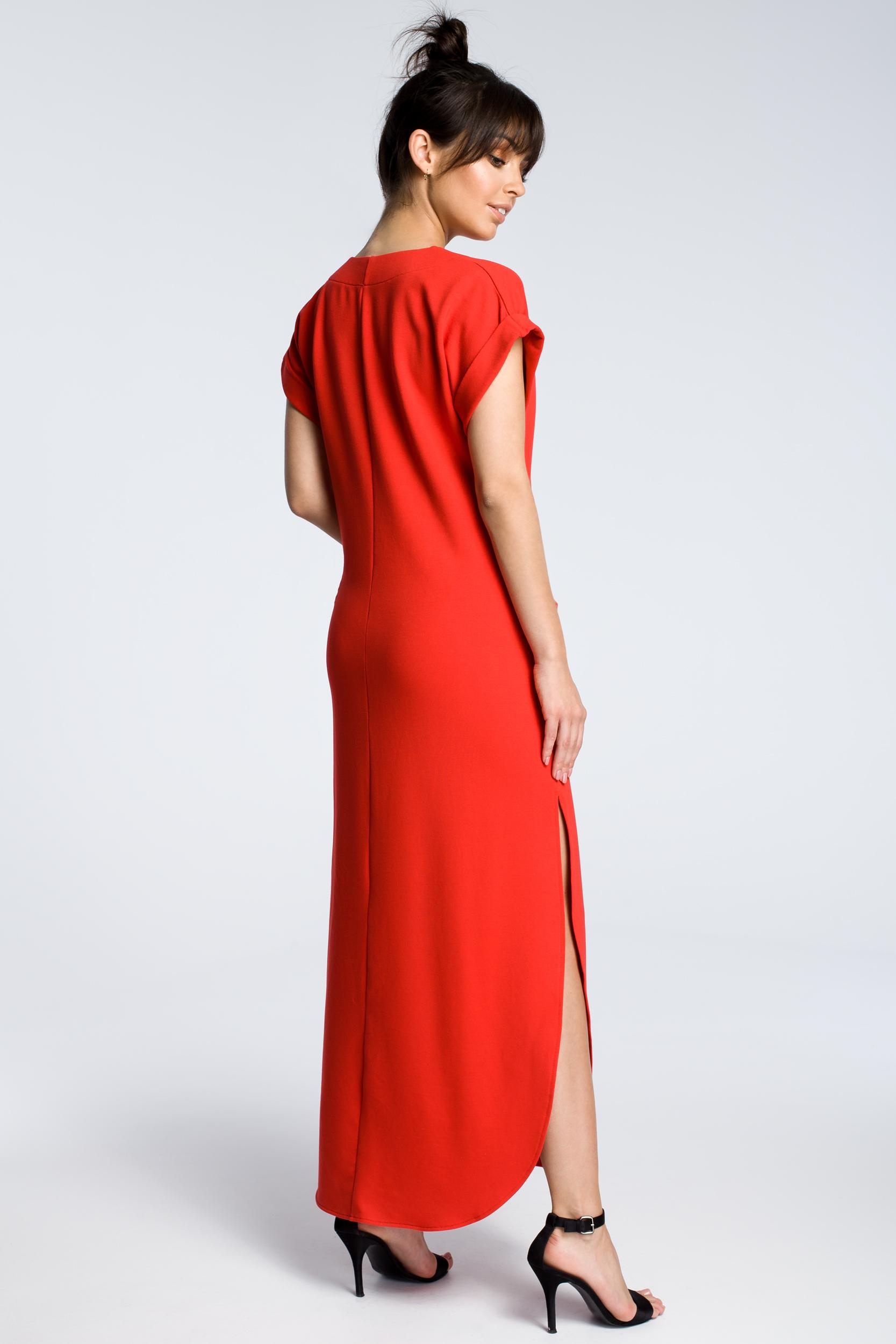 CM3602 Sukienka maxi z rozcięciami po bokach - czerwona