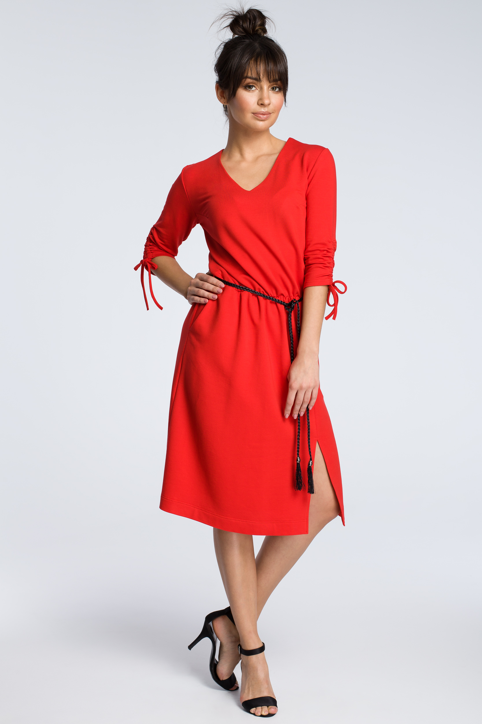 CM3605 Sukienka z podciąganymi rękawami - czerwona