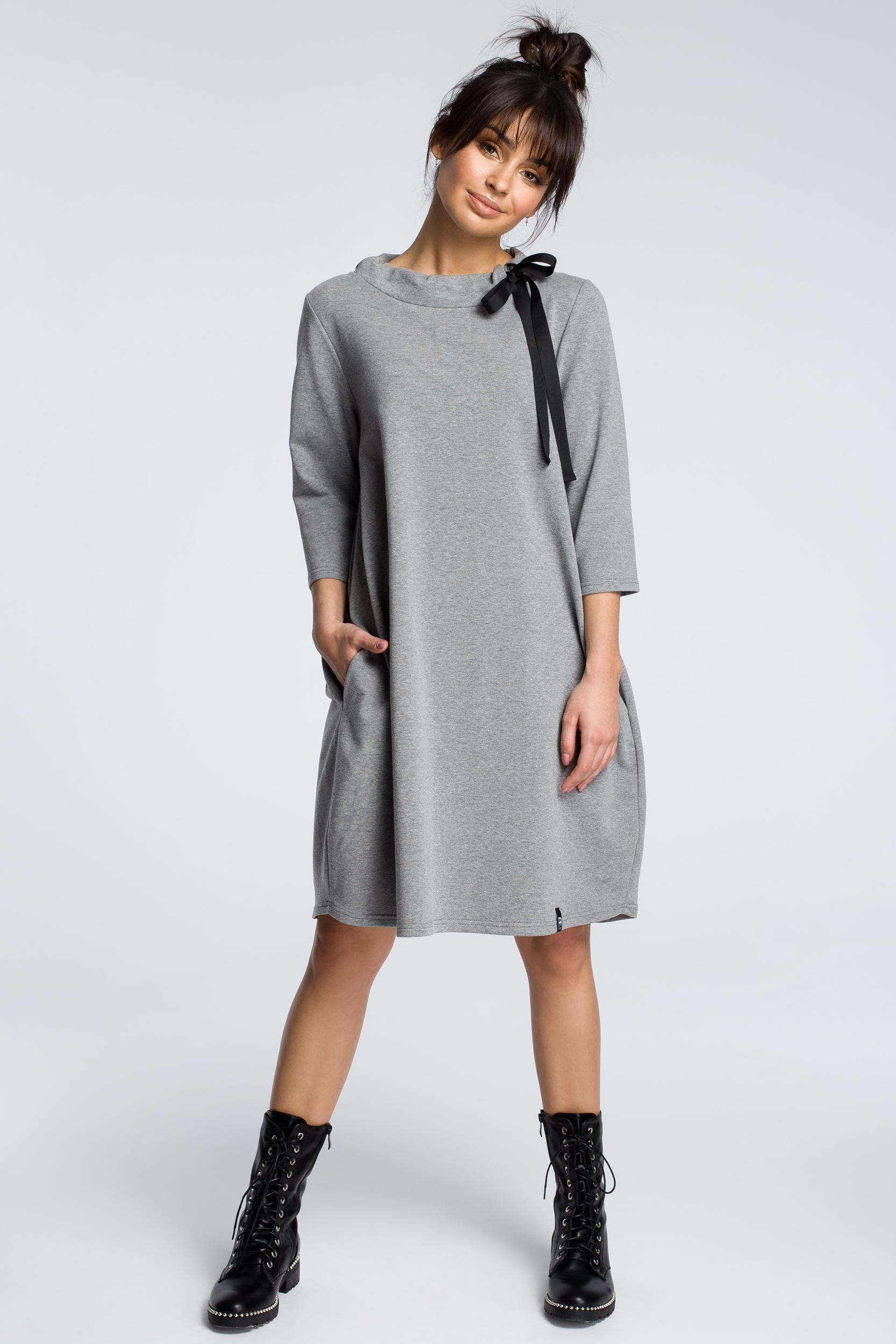 CM3607 Dresowa sukienka z wiązaniem pod szyją - szara