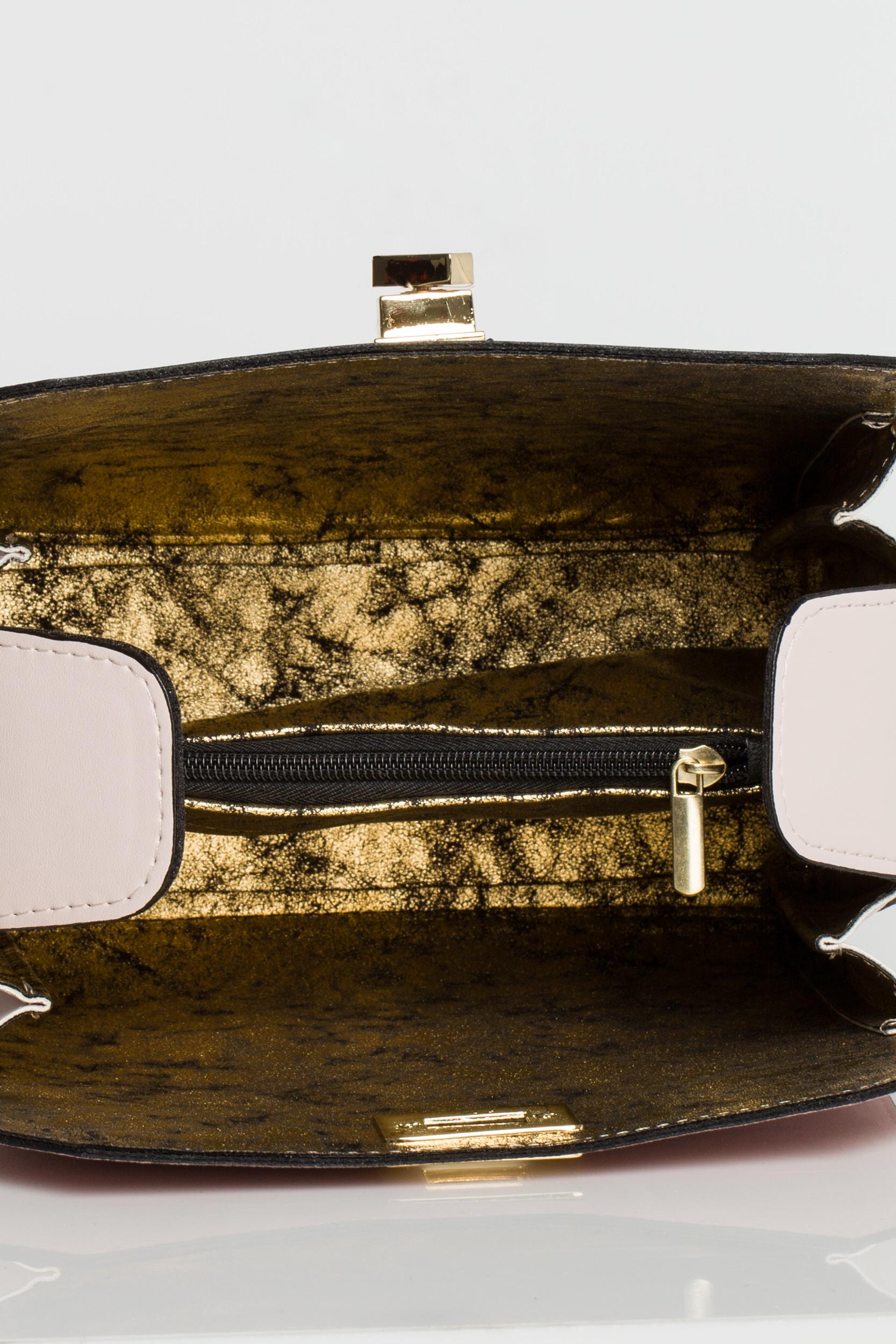 CM3574 Torebka damska z zakładką i regulowanym paskiem - pudrowa