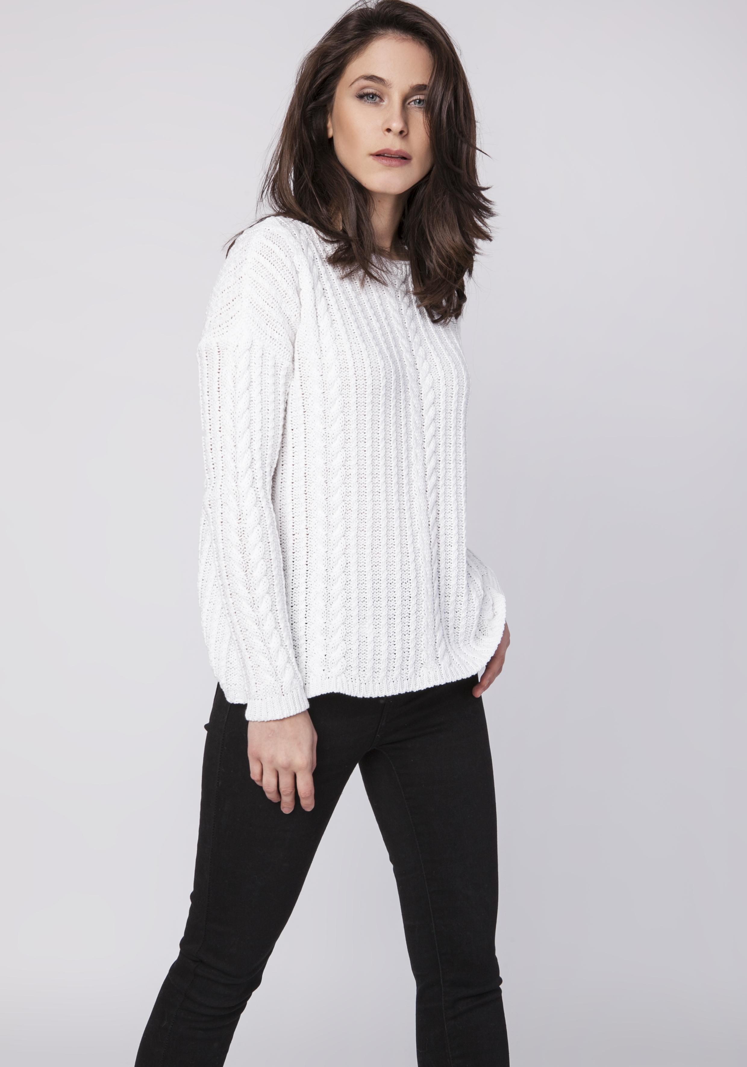 CM3519 Wyjątkowy warkoczowy sweter z długim rękawem - biały