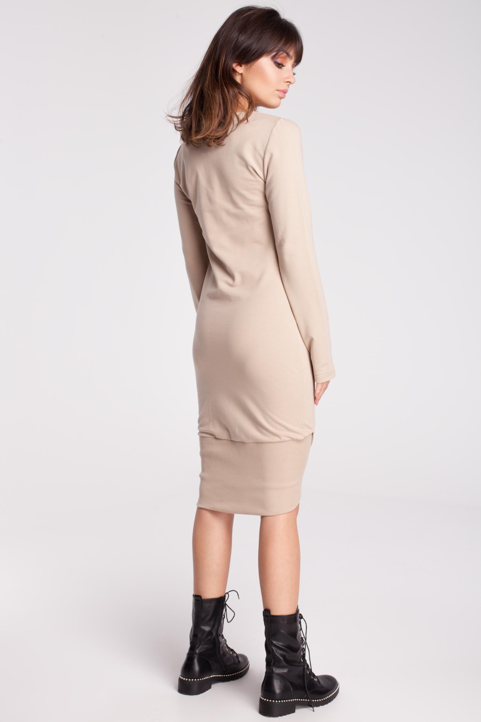 CM2786 Asymetryczna dresowa sukienka - beżowa