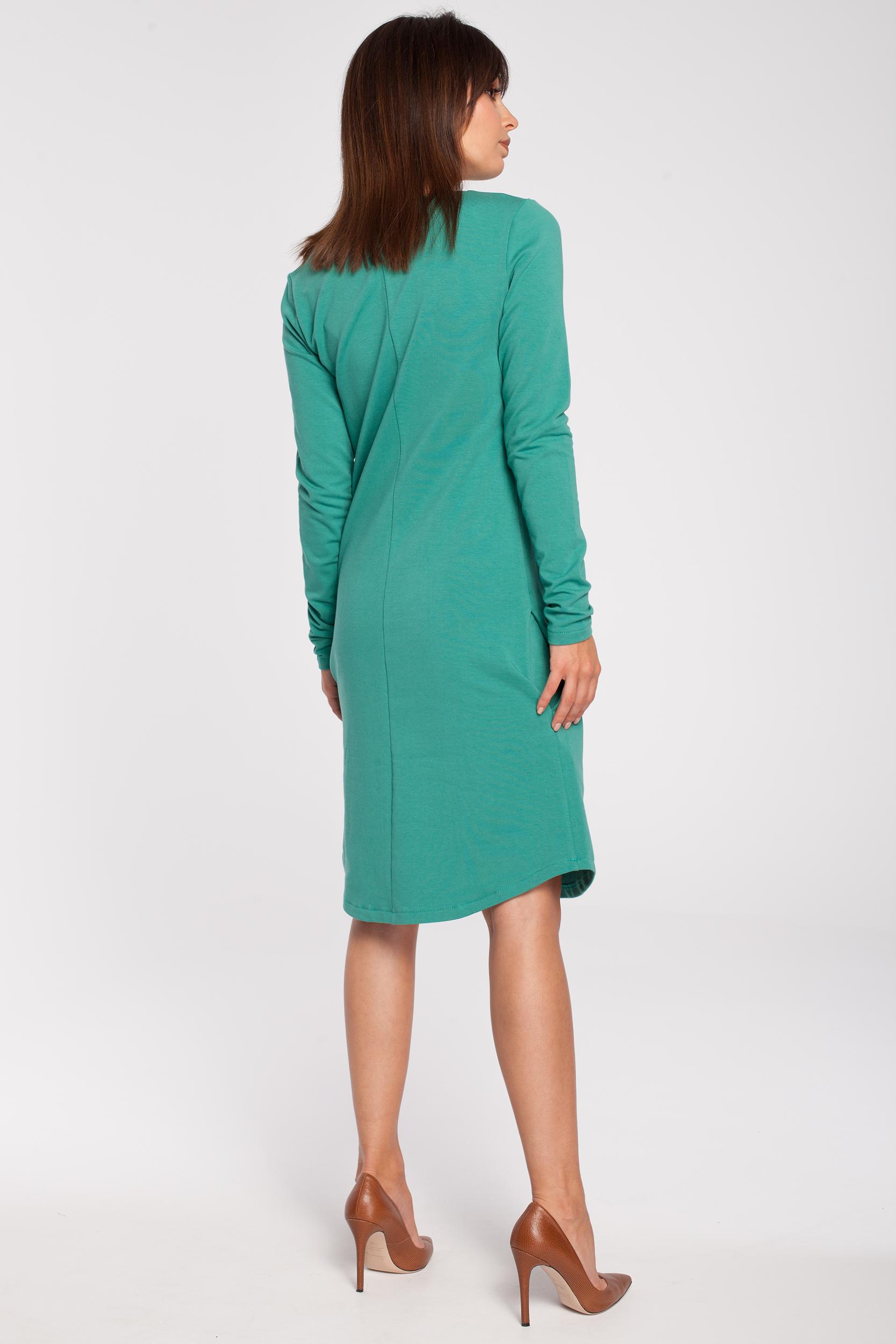 CM2869 Klasyczna sukienka z rozcięciem na dekolcie - zielona