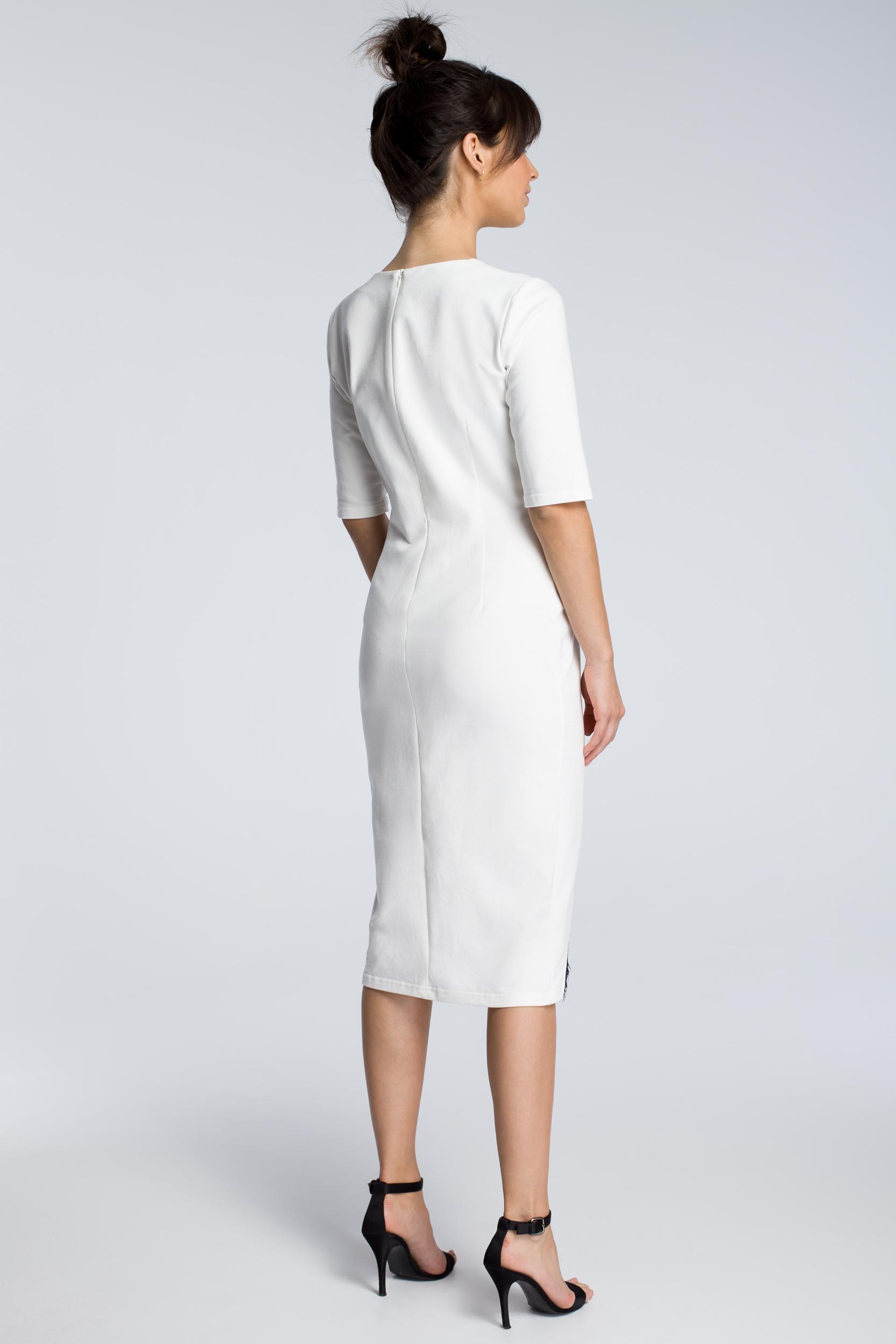 CM3615 Sukienka z wycięciem i wstawką z koronki - ecru