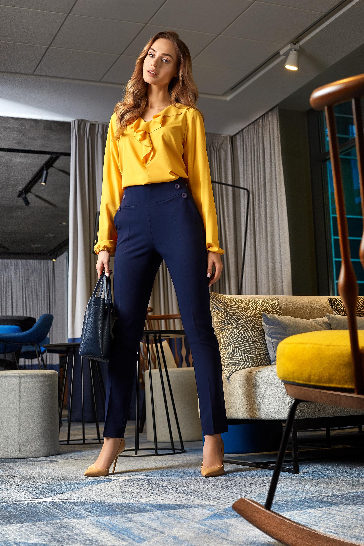 CM3620 Bluzka z żabotem - żółta