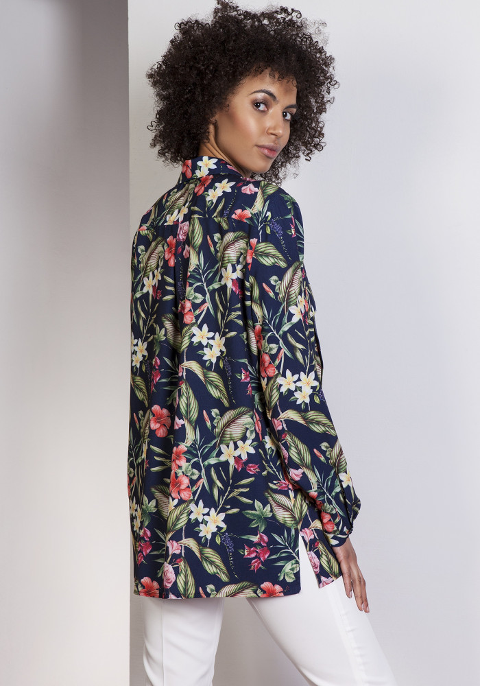 CM3648 Elegancka koszula oversize - kwiaty