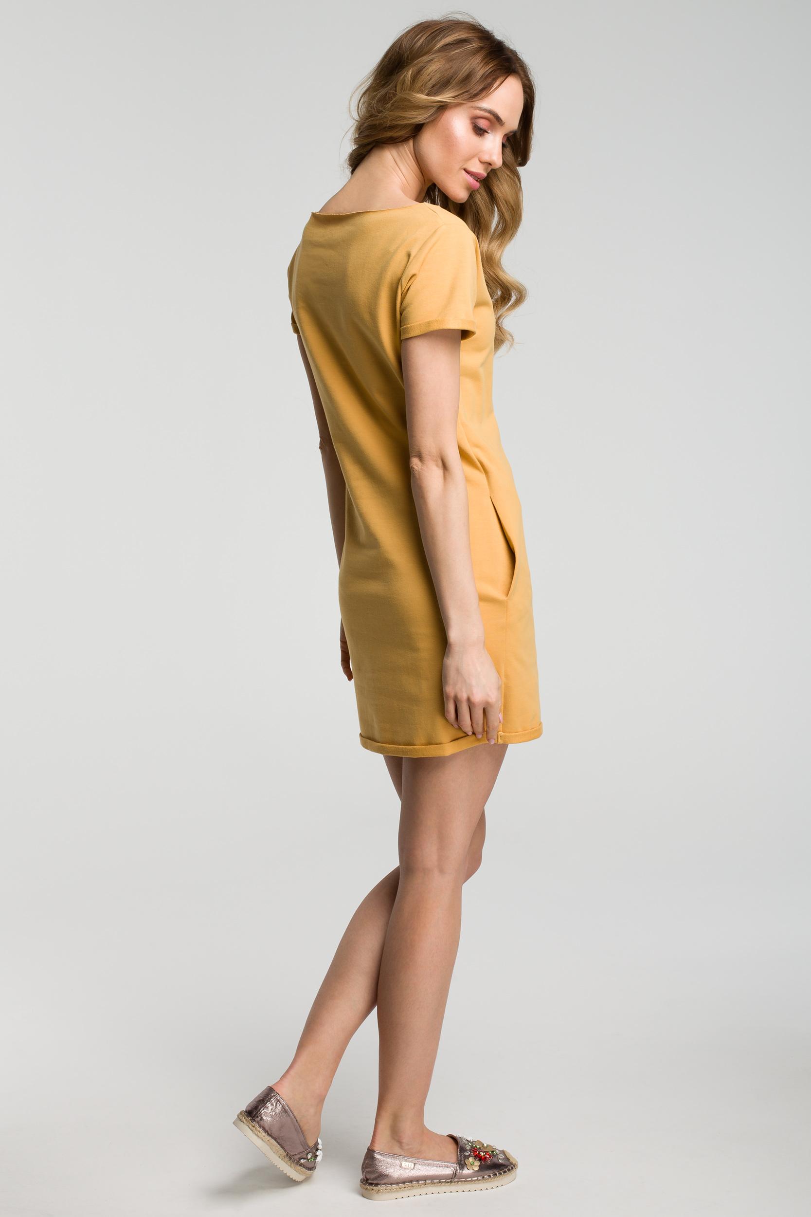 CM3634 Sukienka mini z naszywką - żółta