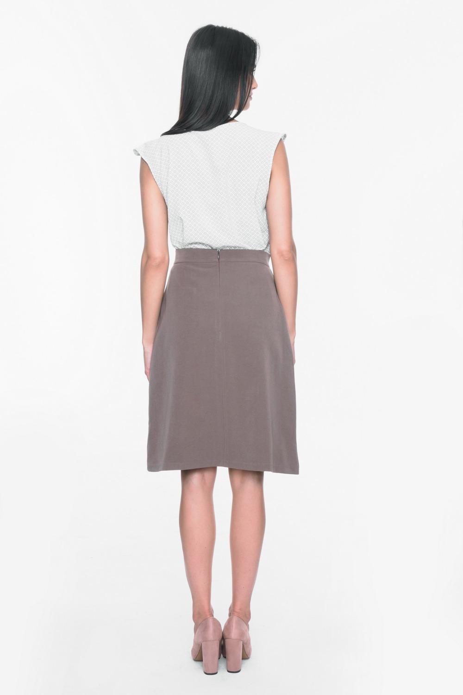 CM3708 Trapezowa spódnica z kieszeniami - brązowa