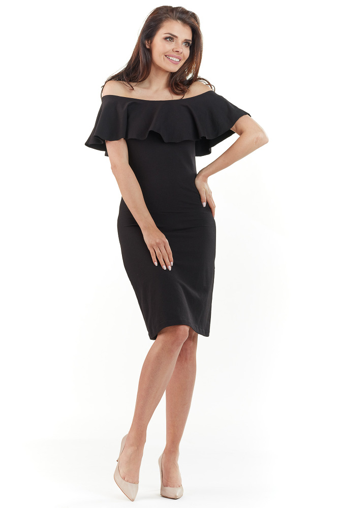 99a66a853a CM3729 Dopasowana sukienka z falbanką na biuście - czarna ...