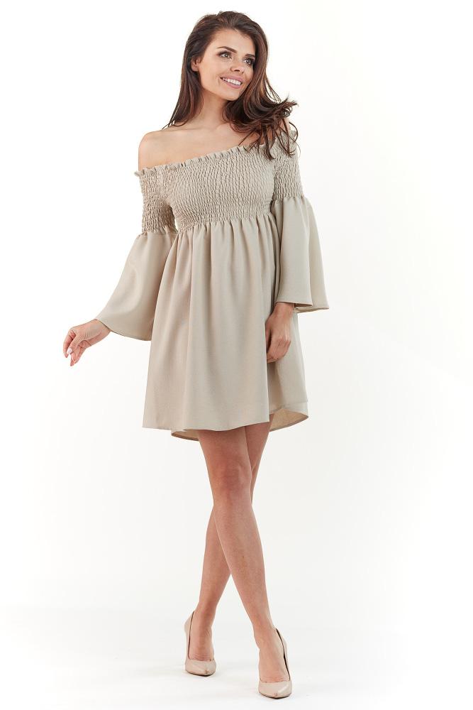 d5e1cdfbba CM3736 Nowoczesna luźna sukienka - beżowa ...