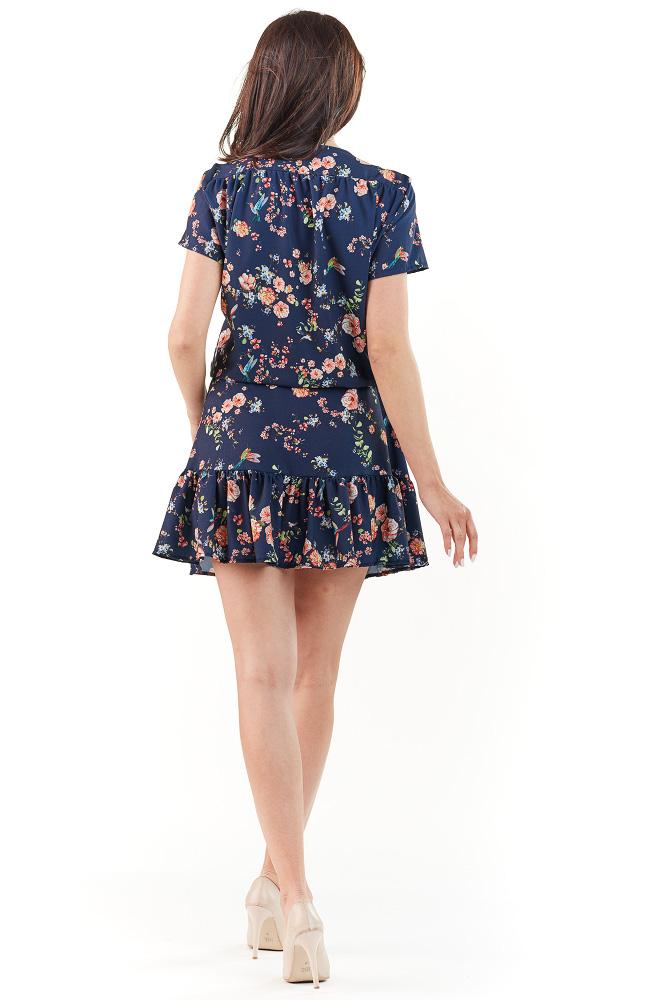 CM3738 Modelująca sukienka w kwiaty - granatowa
