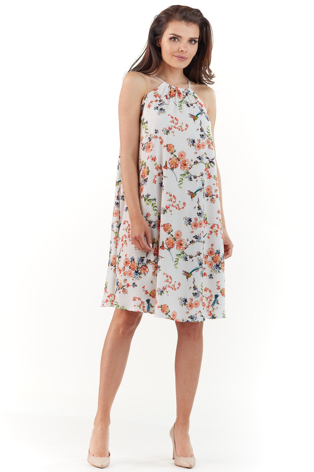 CM3765 Zwiewna sukienka w kwiaty - ecru
