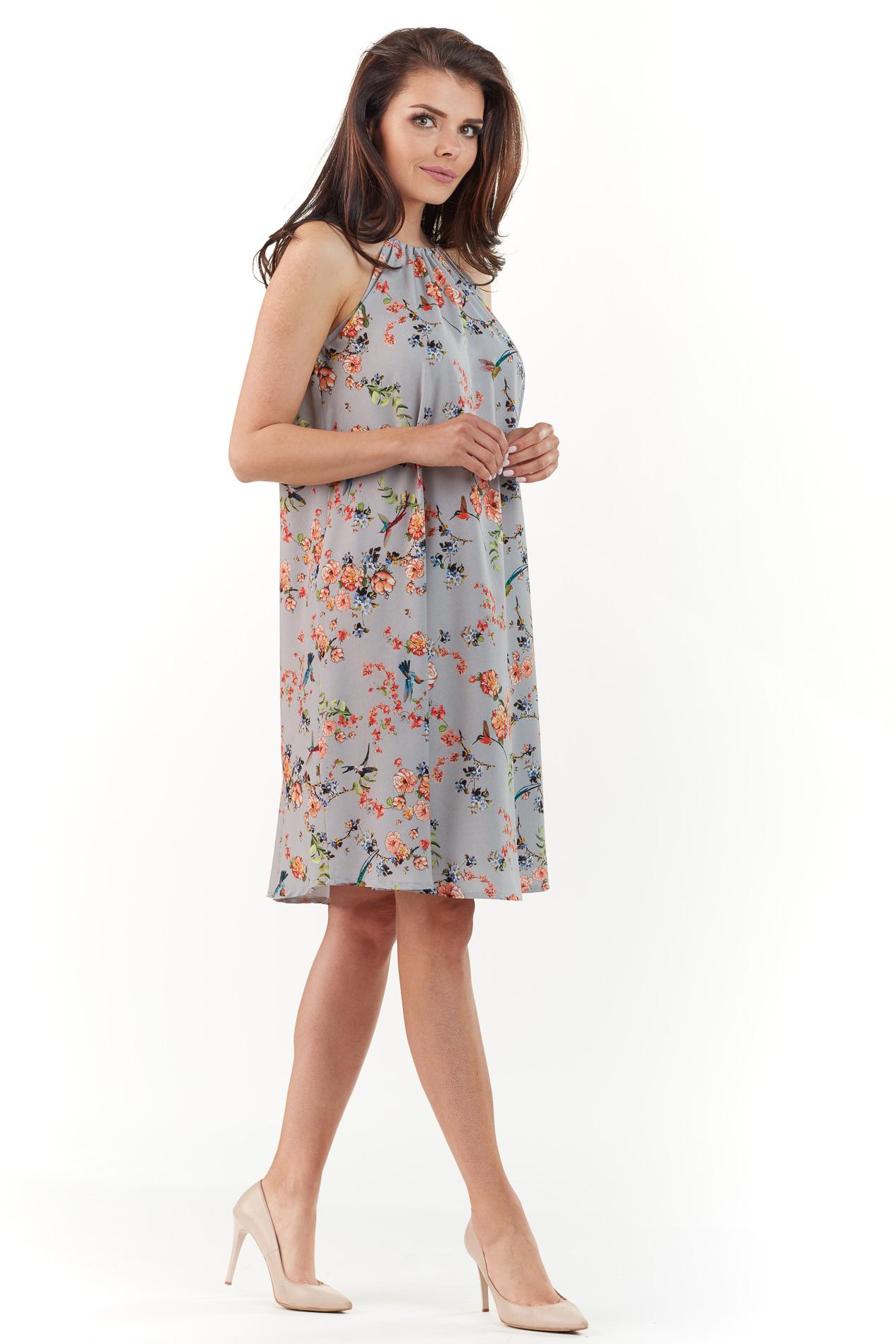 CM3765 Zwiewna sukienka w kwiaty - szara