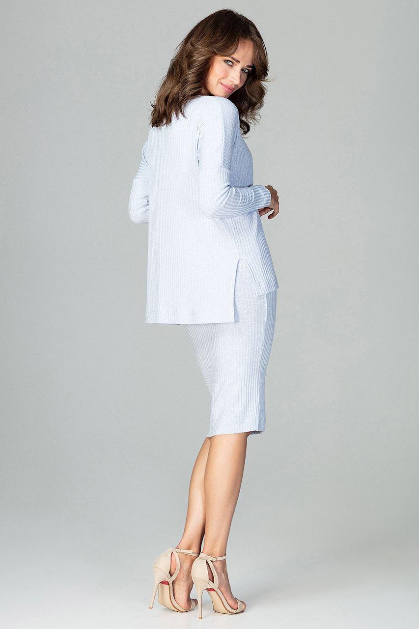 CM3777 Komplet - spódnica za kolano i luźna bluzka - błękitny