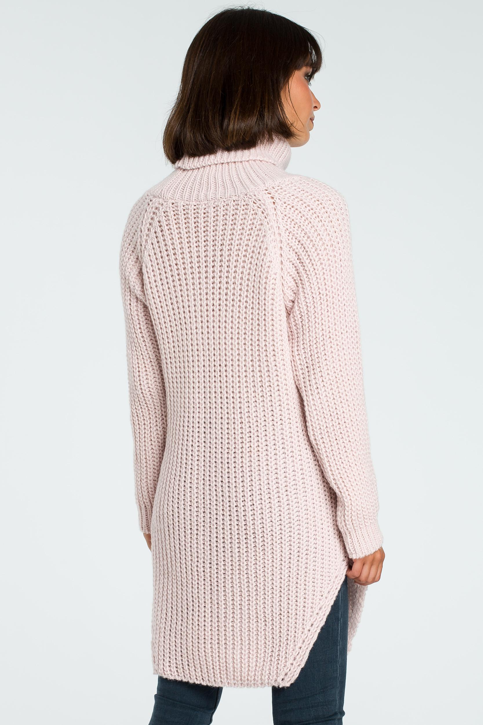CM3826 Długi sweter z golfem - różowy