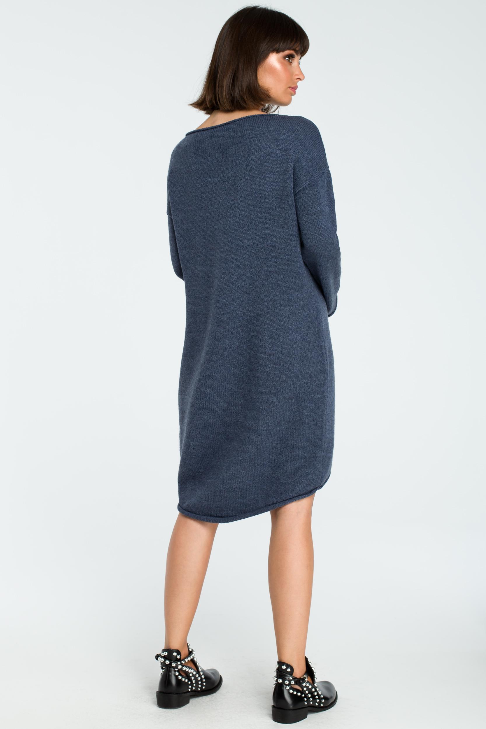 CM3827 Sukienka swetrowa z asymetrycznym dołem - niebieska