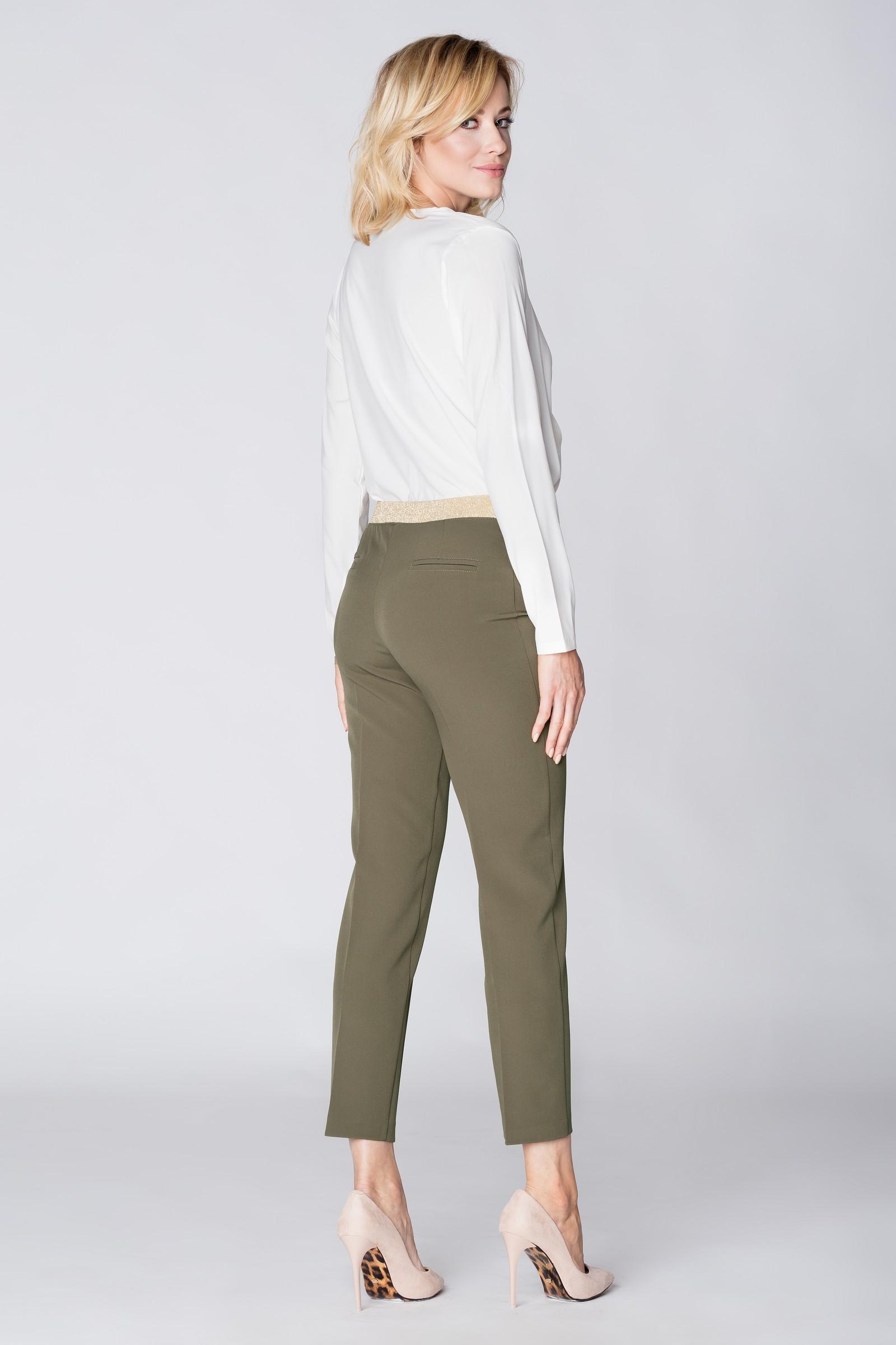 CM3889 Eleganckie spodnie materiałowe z pasem z tyłu - khaki
