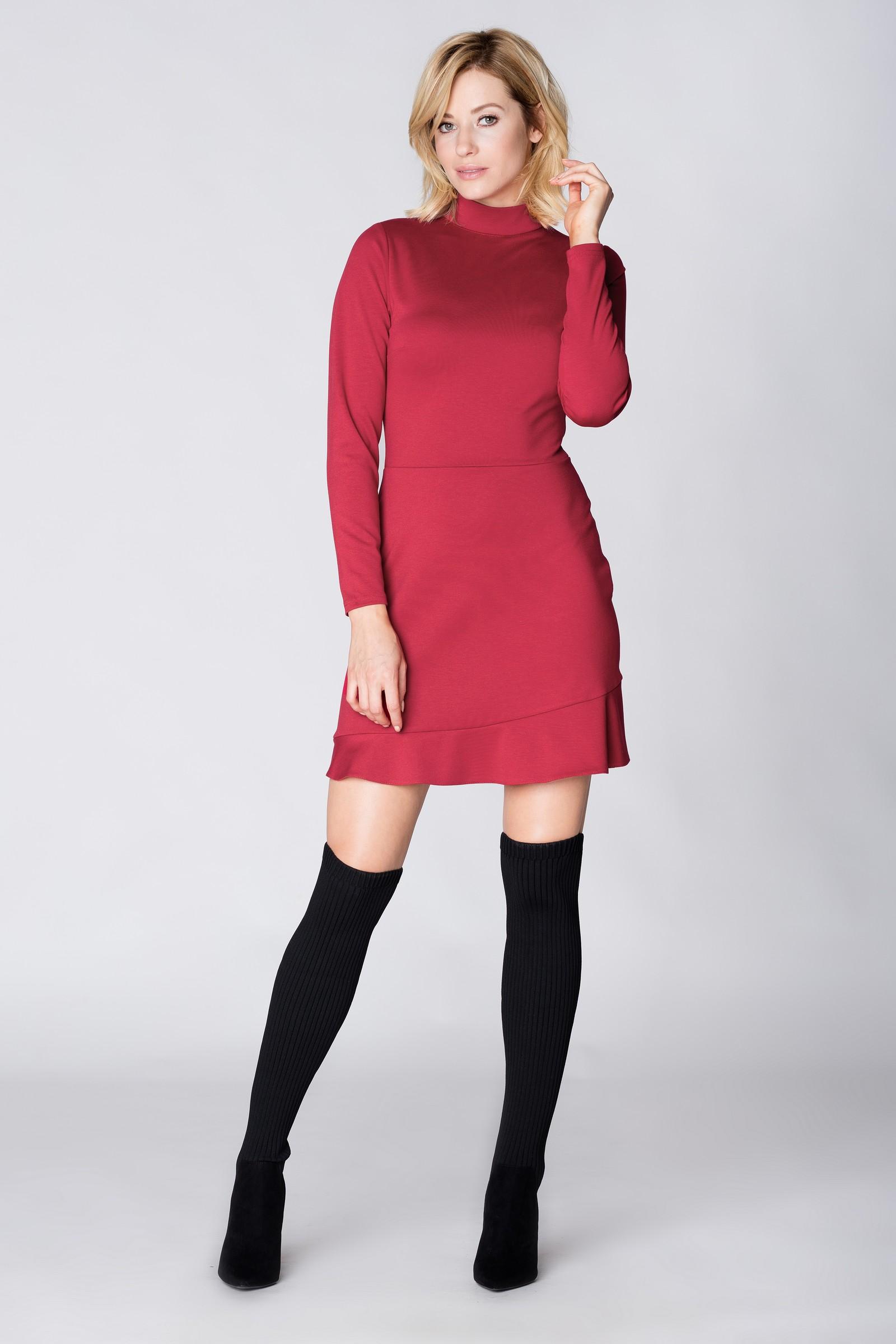 CM3894 Sukienka z długim rękawem i półgolfem - czerwona