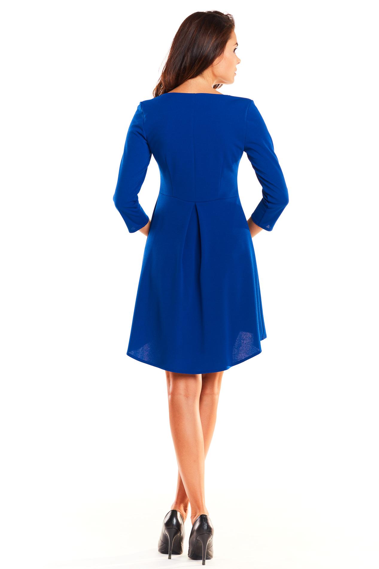 CM3926 Asymetryczna sukienka z rękawem 3/4 - niebieska