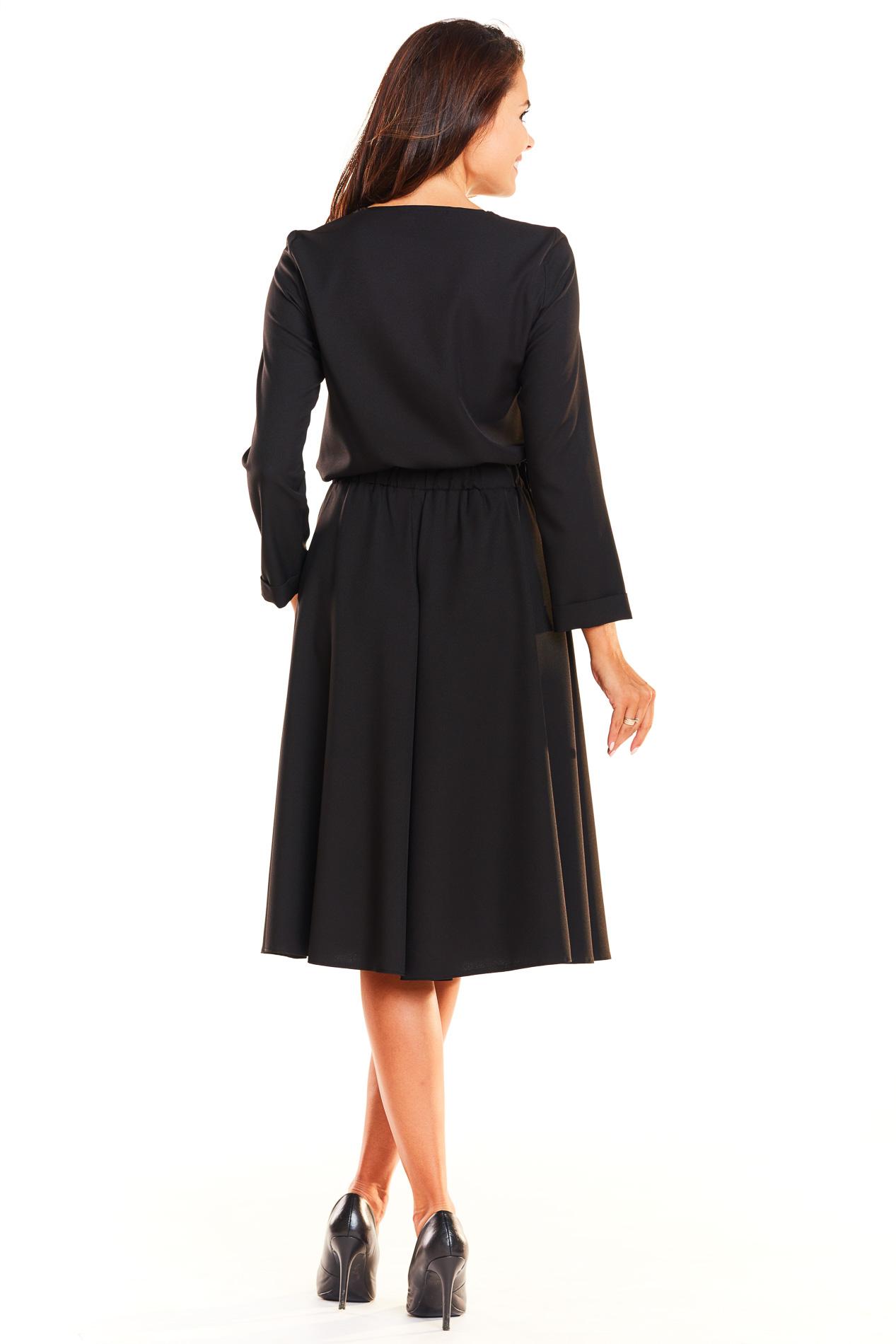 CM3931 Komplet - bluzka z długim rękawem i rozkloszowana spódnica - czarny