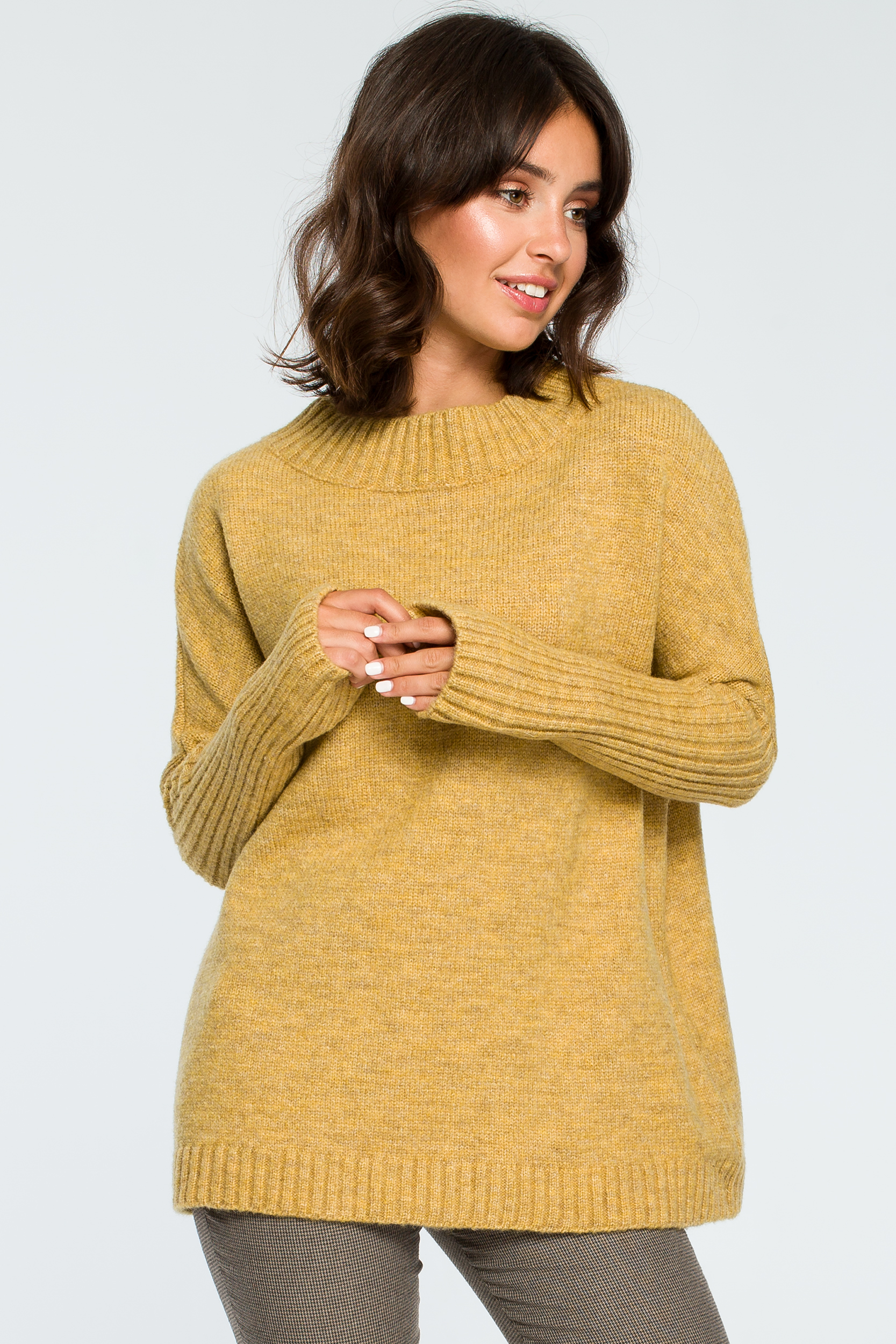 CM3996 Gruby sweter ze ściągaczem w rękawie - musztardowy
