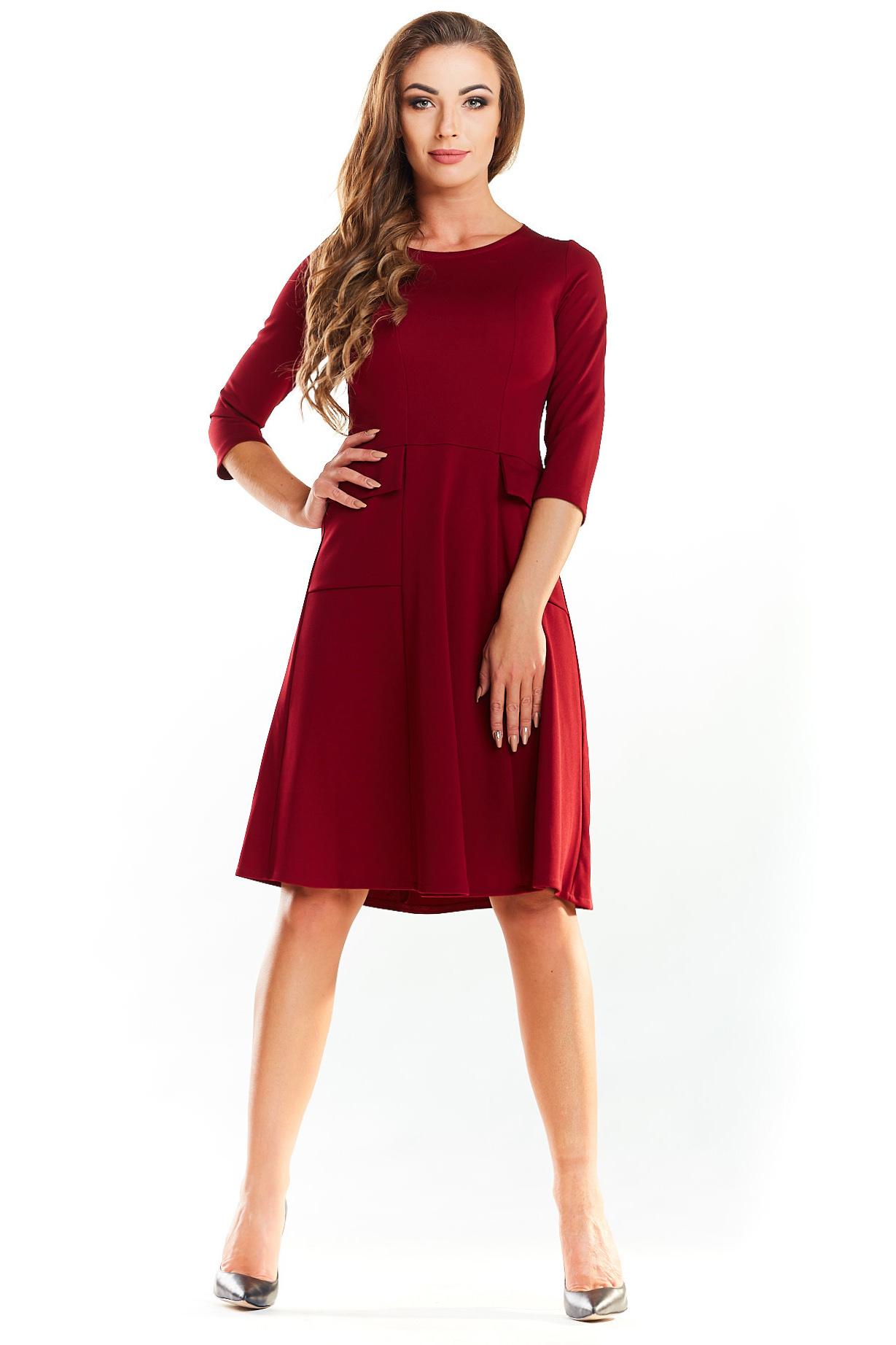 3e25ae8331 CM3985 Biurowa sukienka z imitacją kieszeni - bordowa ...