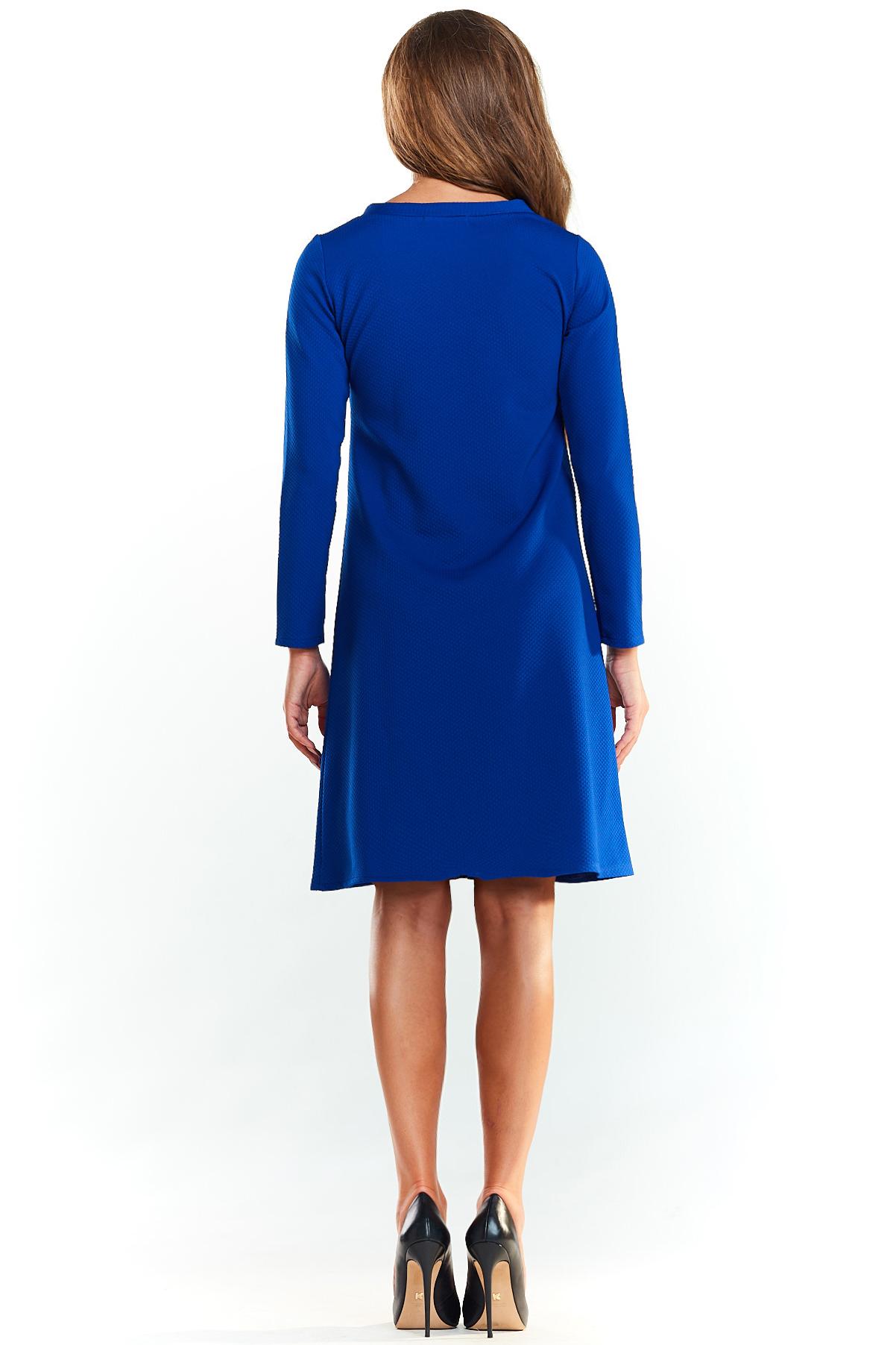 CM3987 Biurowa sukienka trapezowa - niebieska