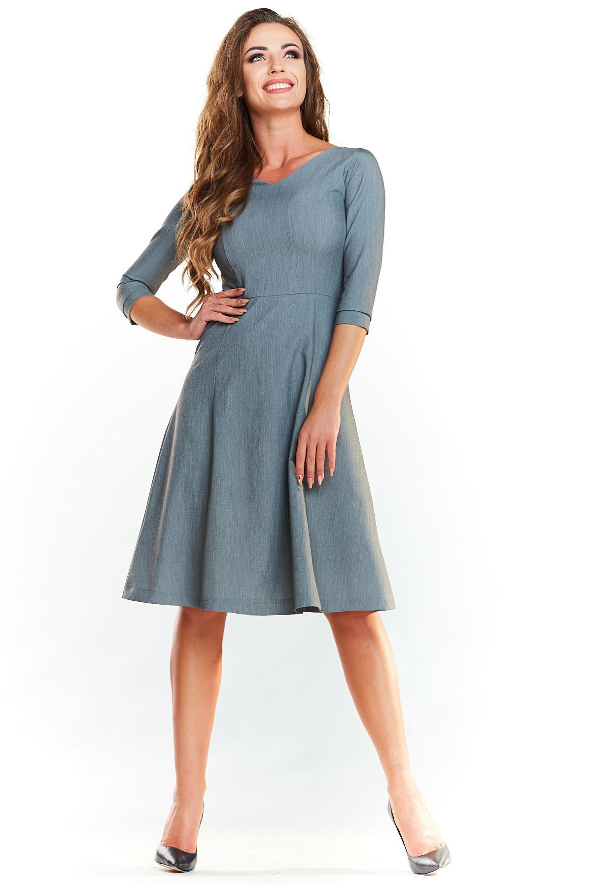 CM4024 Trapezowa sukienka delikatnie rozkloszowana - szara