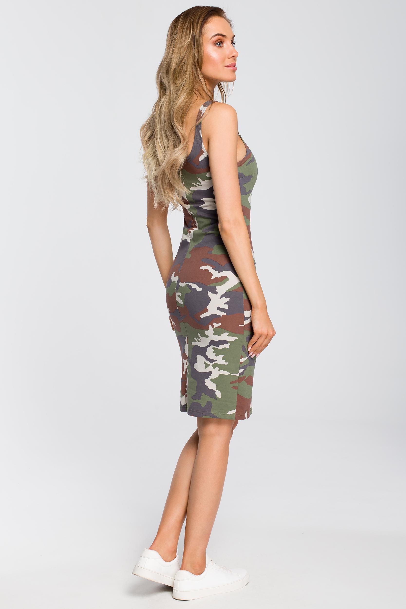 CM4094 Dopasowana sukienka moro - model 1