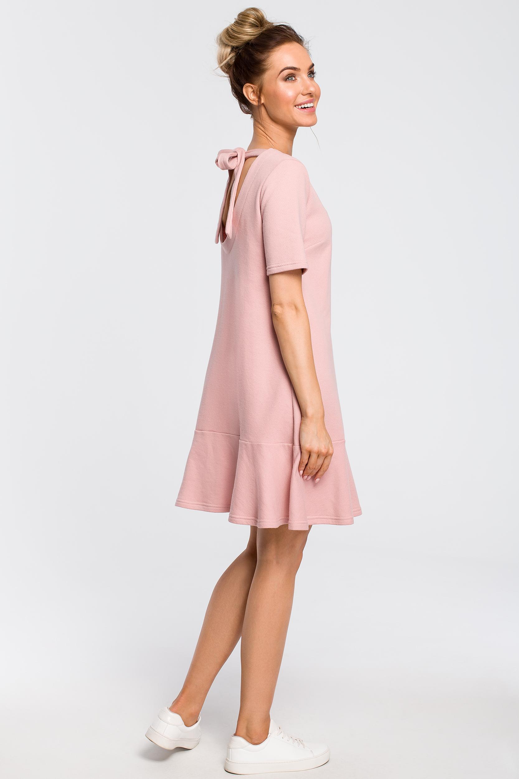 CM4100 Luźna sukienka z wiązaniem na plecach - pudrowa