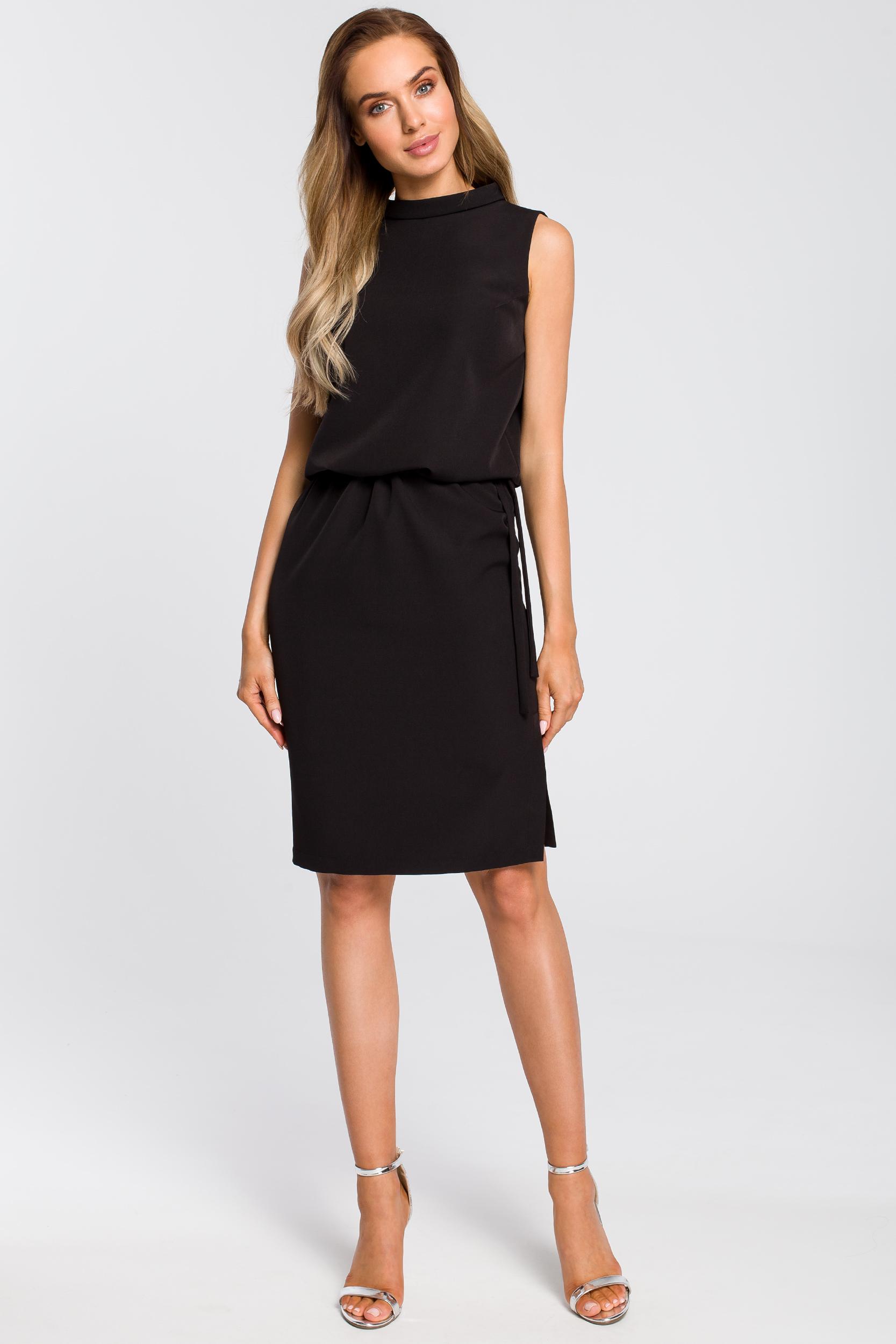 CM4104 Elegancka sukienka z rozcięciem na plecach - czarna