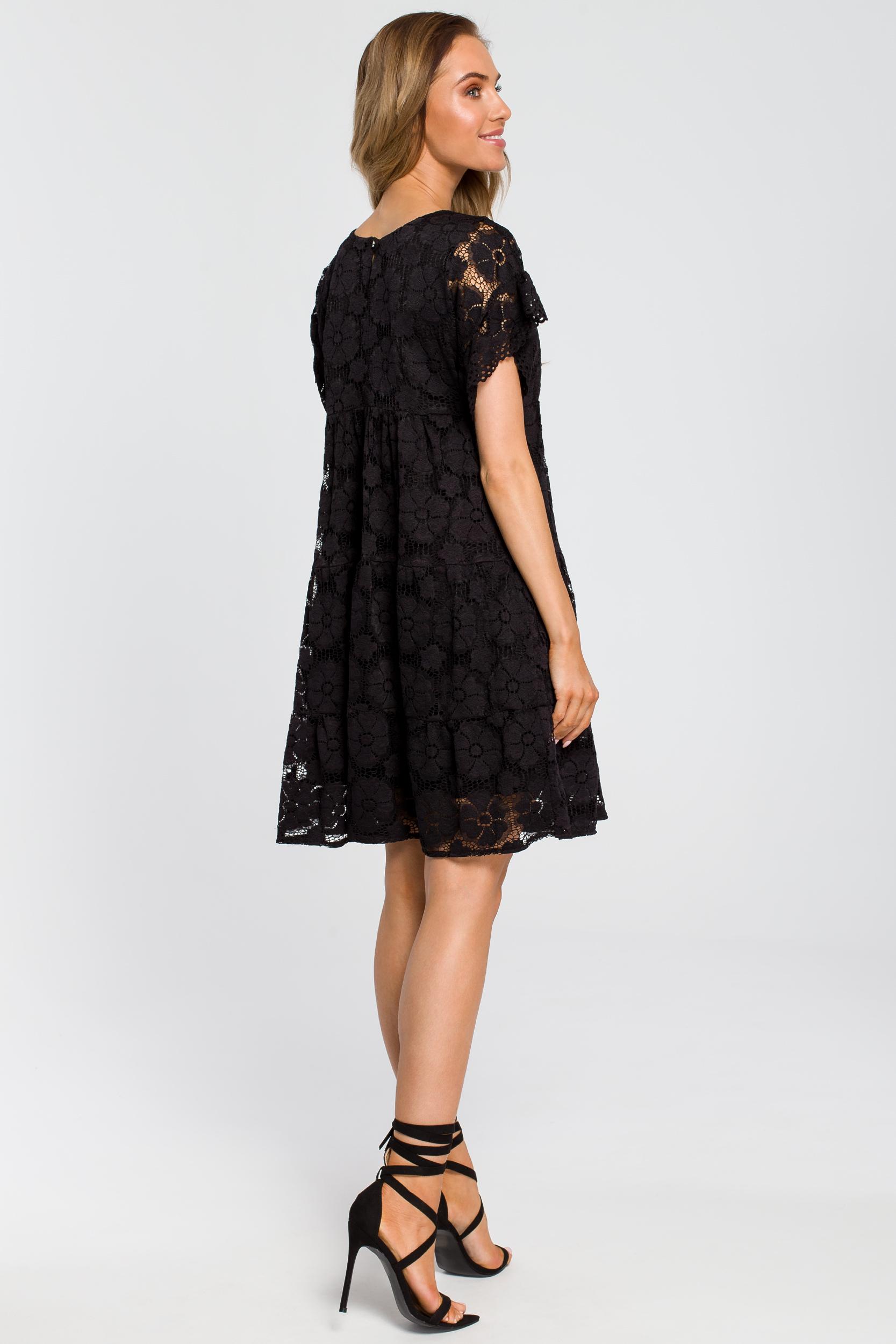 CM4111 Zwiewna koronkowa sukienka - czarna