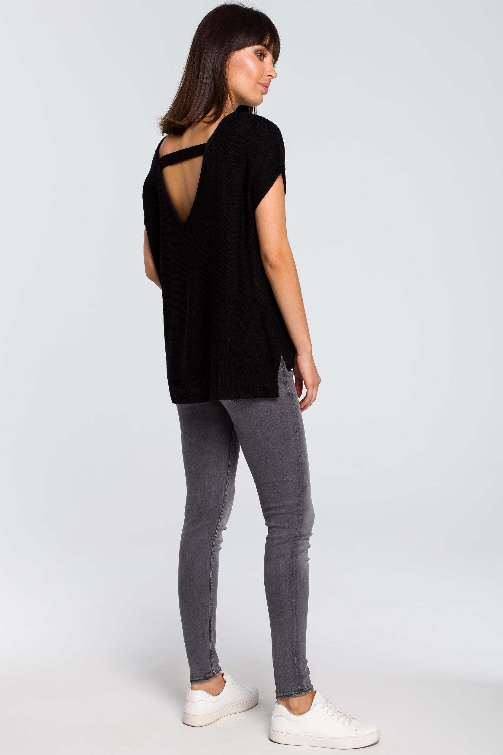 CM4148 Sweter z dekoltem na plecach - czarny