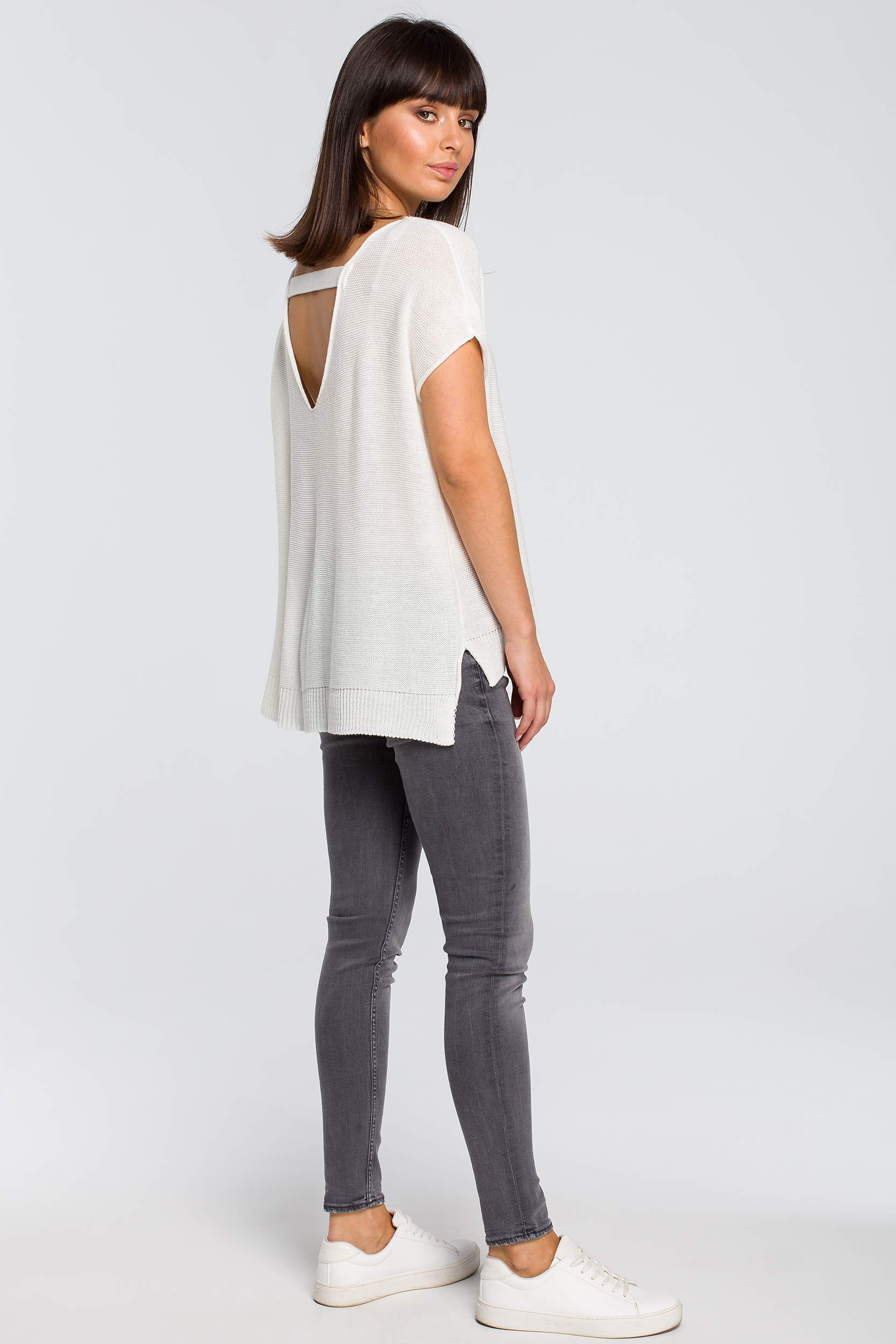 CM4148 Sweter z dekoltem na plecach - ecru