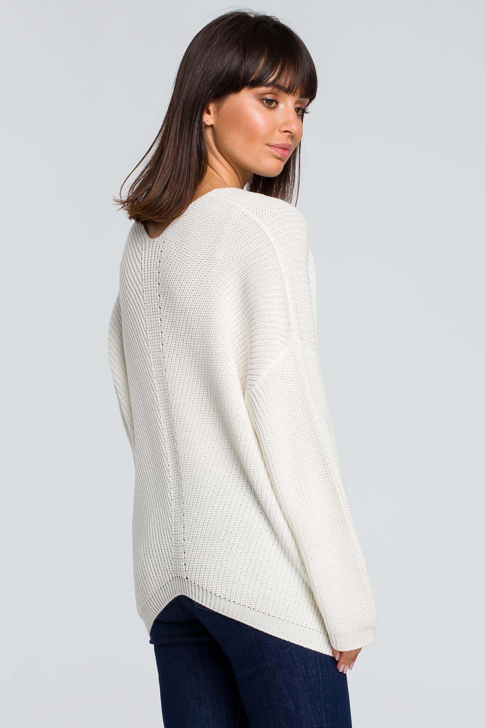 CM4153 Sweter asymetryczny - ecru