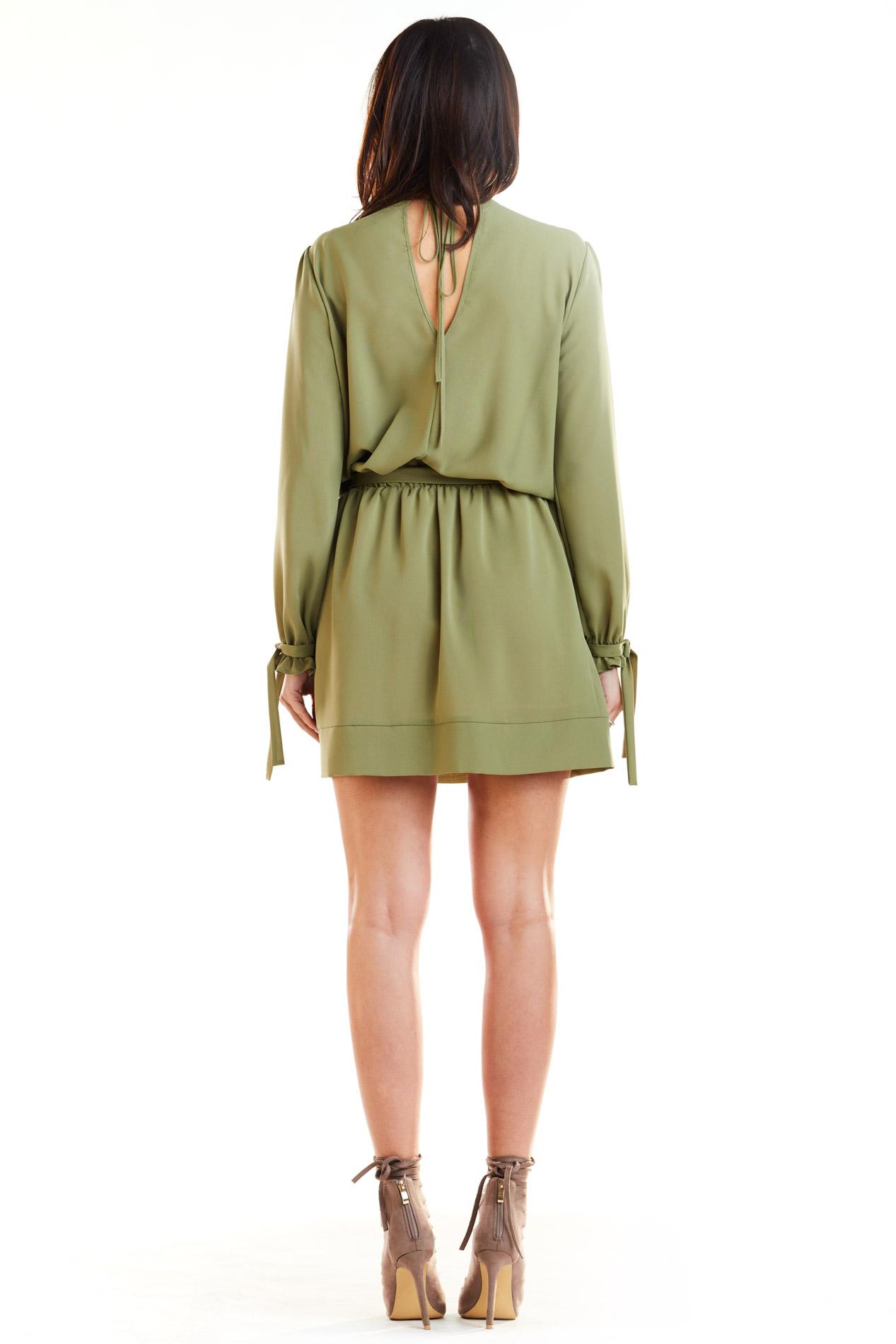 CM4179 Sukienka typu boho z wiązanym rękawem - khaki