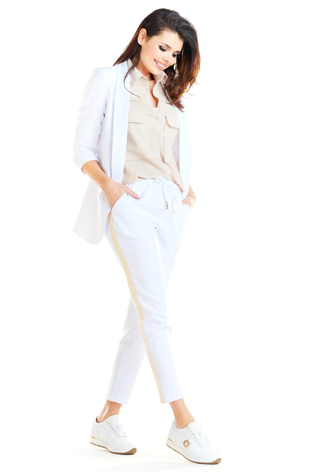 a258699cf9e2e CM4181 Casualowe spodnie na co dzień - białe ...