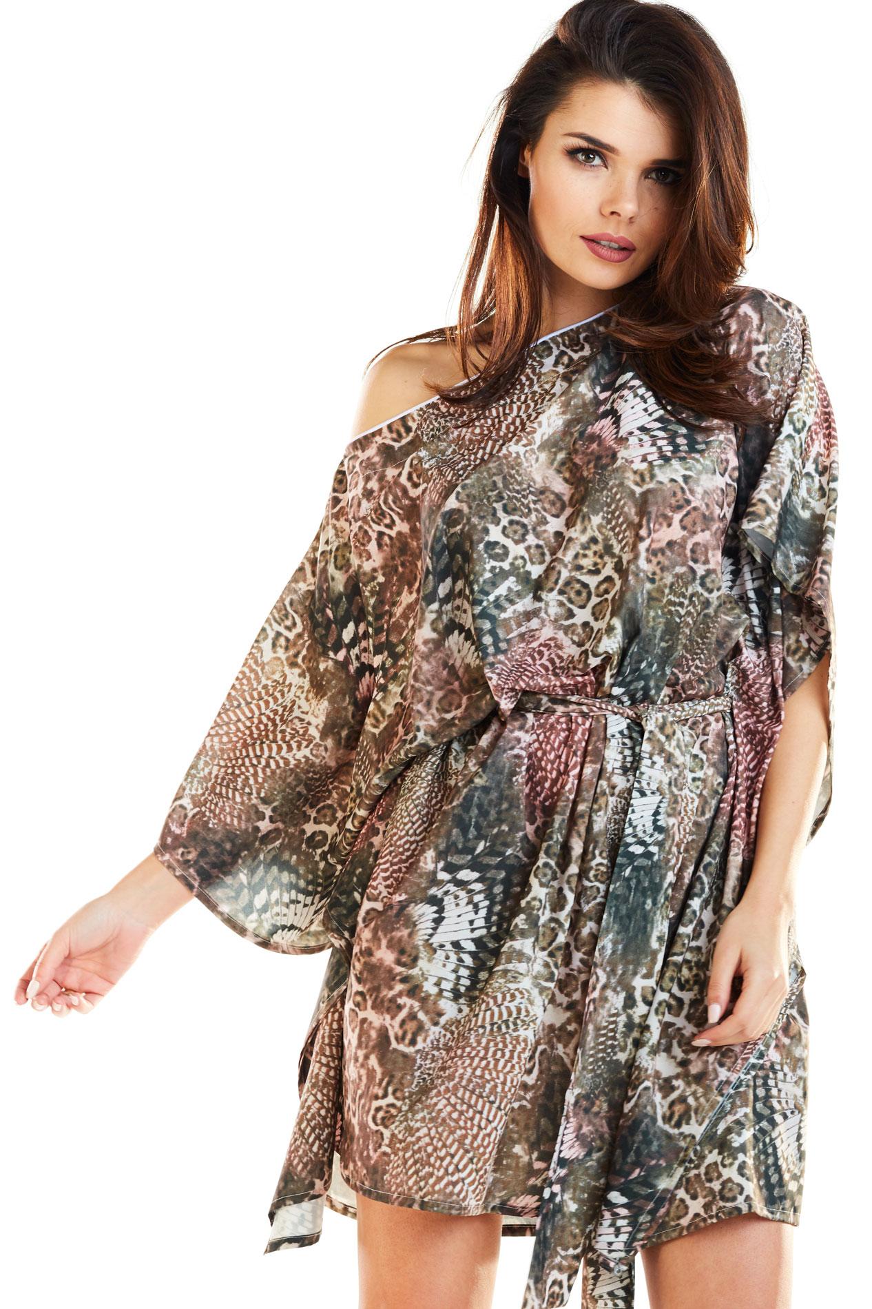 CM4185 Zwiewna nowoczesna sukienka - brązowa