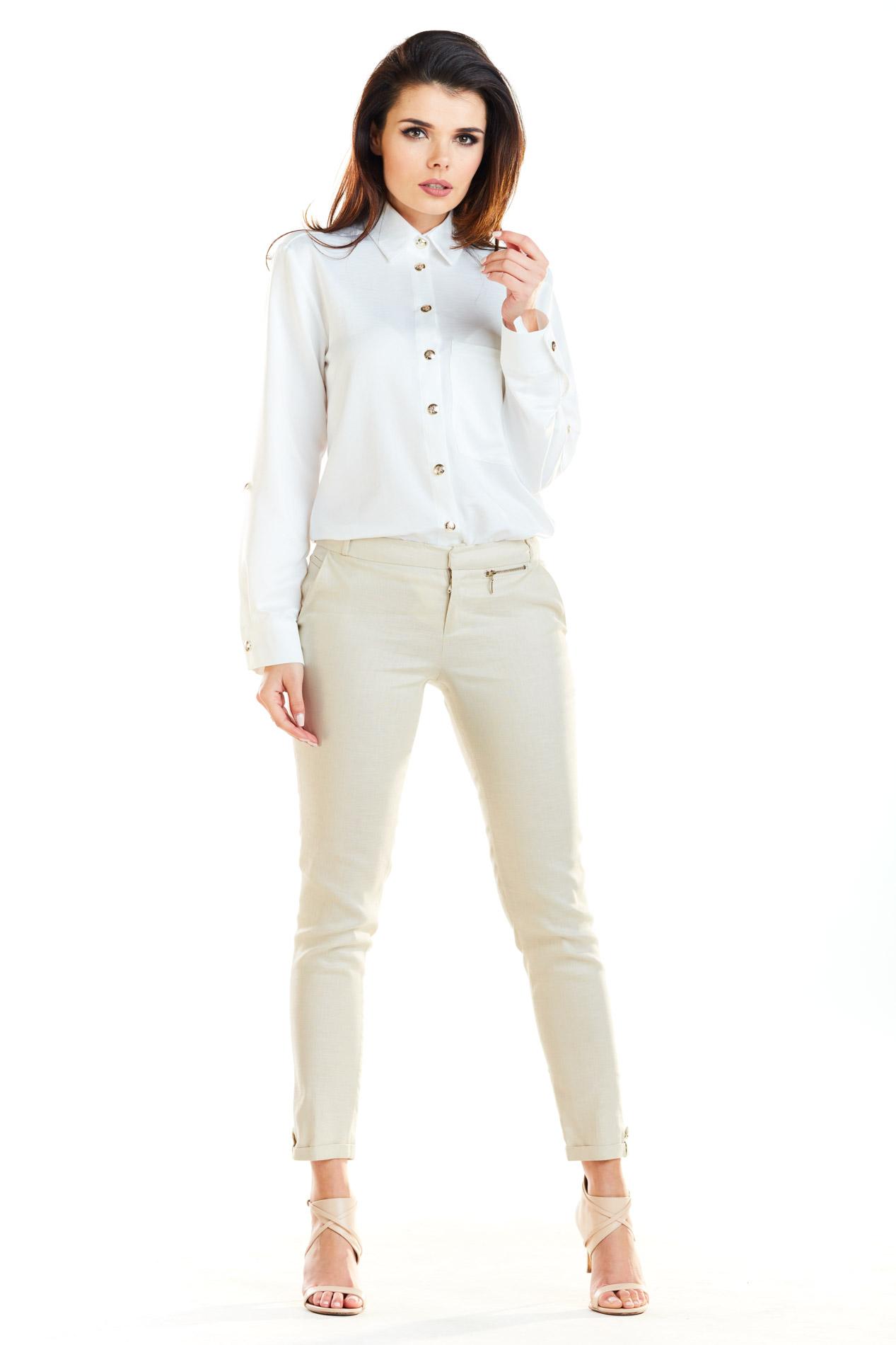 CM4186 Klasyczna koszula z długim rękawem - biała