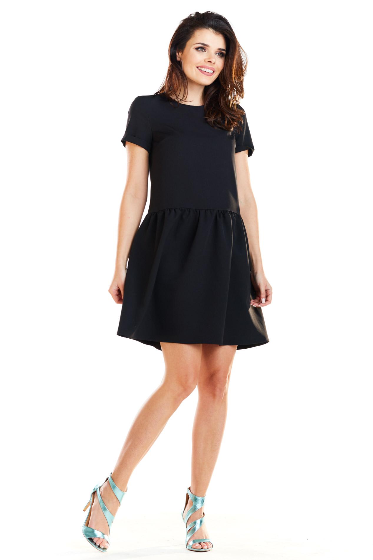 CM4188 Sukienka mini z odcięciem w talii - czarna