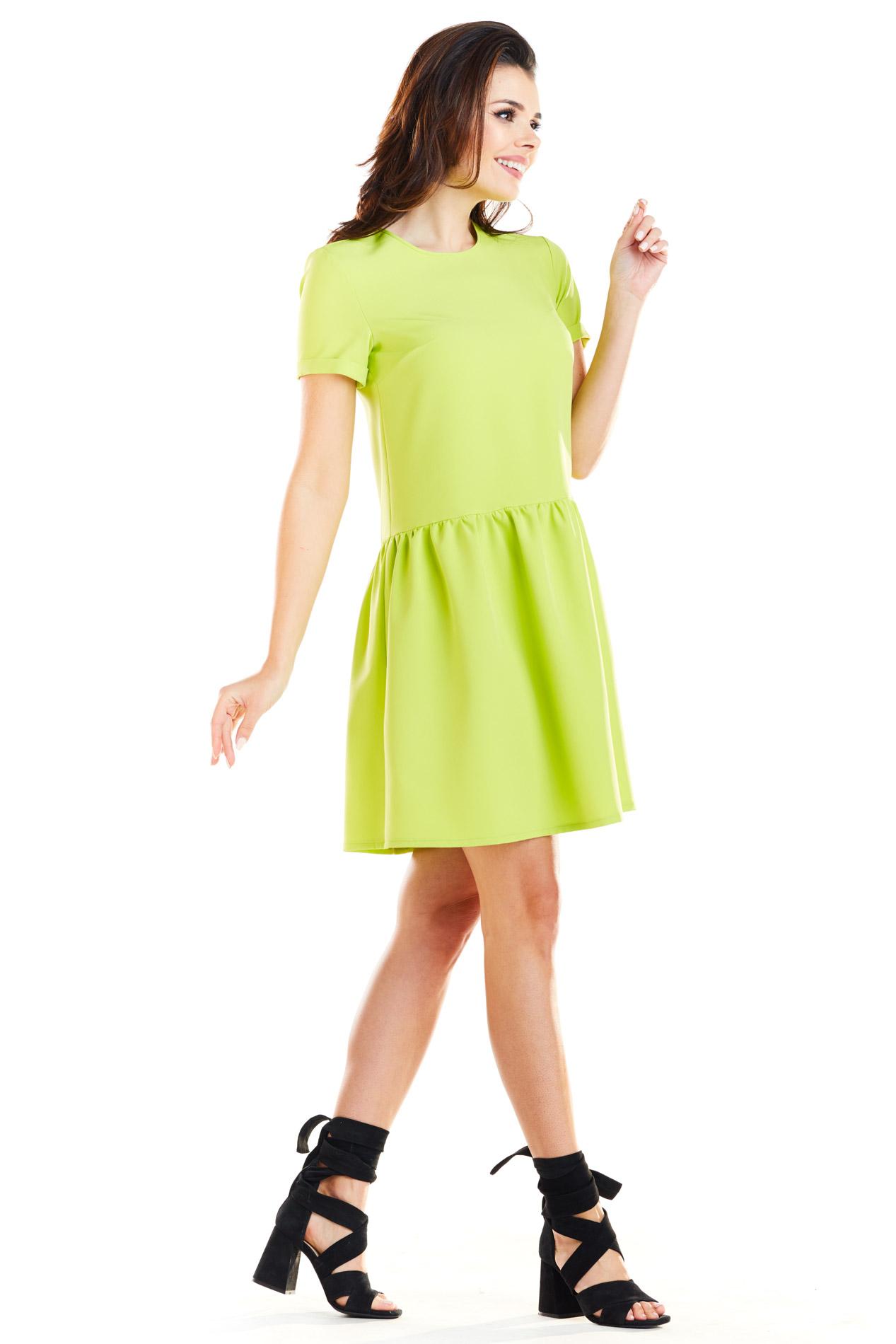 CM4188 Sukienka mini z odcięciem w talii - limonkowa