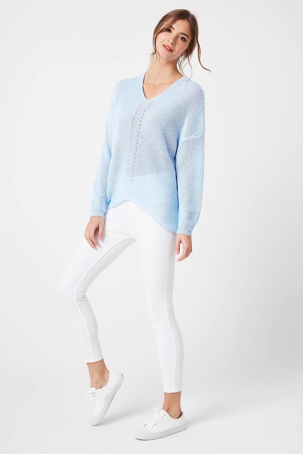 CM4210 Kobiecy sweter w serek - błękitny