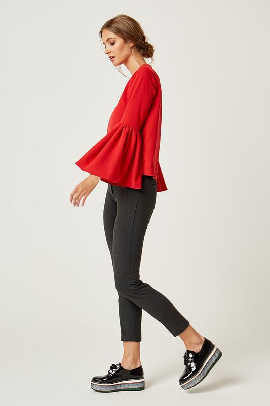 CM4238 Klasyczna bluzka z bufiastymi rękawami - czerwona